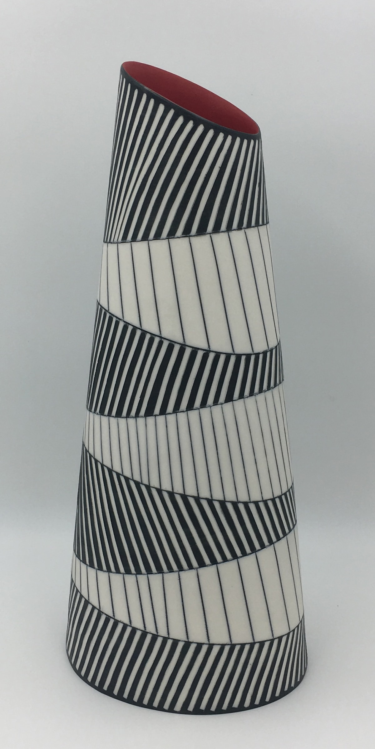 """<span class=""""link fancybox-details-link""""><a href=""""/artists/195-lara-scobie/works/6512-lara-scobie-tall-oval-vase-with-chevron-pattern-2019/"""">View Detail Page</a></span><div class=""""artist""""><strong>Lara Scobie</strong></div> b. 1967 <div class=""""title""""><em>Tall Oval Vase with Chevron Pattern </em>, 2019</div> <div class=""""medium"""">Porcelain</div><div class=""""copyright_line"""">Own Art: £82 x 10 Months, 0% APR</div>"""