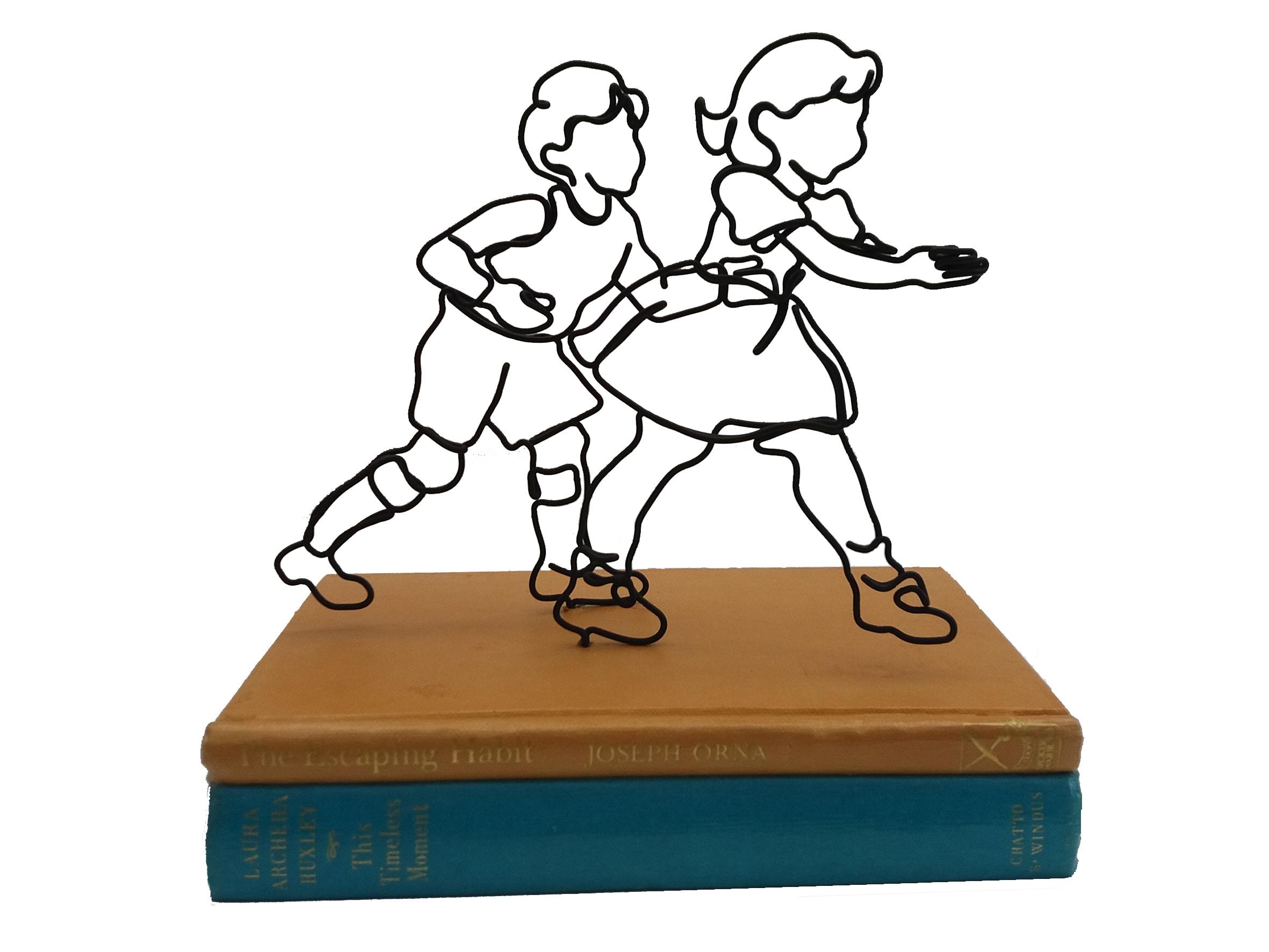 "<span class=""link fancybox-details-link""><a href=""/artists/37-ann-winder-boyle/works/6380-ann-winder-boyle-the-escaping-habit-2019/"">View Detail Page</a></span><div class=""artist""><strong>Ann Winder-Boyle</strong></div> b. 1963 <div class=""title""><em>The Escaping Habit</em>, 2019</div> <div class=""medium"">Vintage Books and Wire</div><div class=""price"">£325.00</div><div class=""copyright_line"">Own Art £32.50 x 10 months, 0% APR</div>"