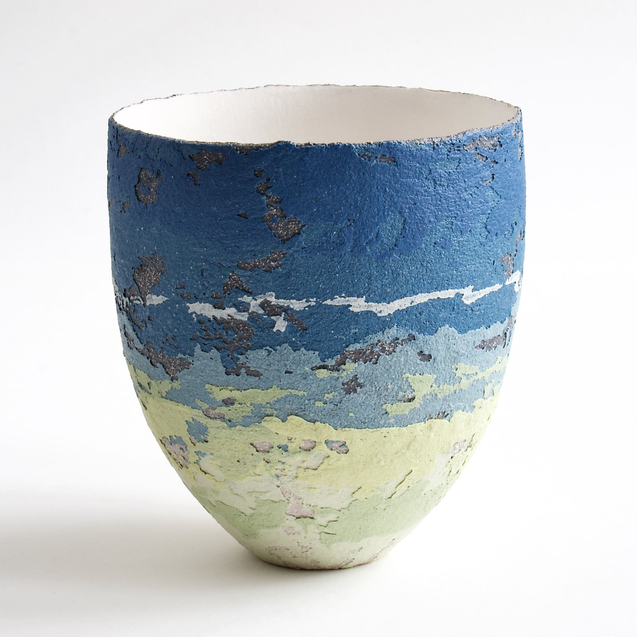 """<span class=""""link fancybox-details-link""""><a href=""""/artists/79-clare-conrad/works/8125-clare-conrad-vessel-white-interior-2021/"""">View Detail Page</a></span><div class=""""artist""""><strong>Clare Conrad</strong></div> b. 1948 <div class=""""title""""><em>Vessel, white interior</em>, 2021</div> <div class=""""medium"""">wheel-thrown stoneware </div> <div class=""""dimensions"""">h. 13.5 cm </div><div class=""""price"""">£220.00</div><div class=""""copyright_line"""">Own Art: £22 x 10 Months, 0% APR</div>"""