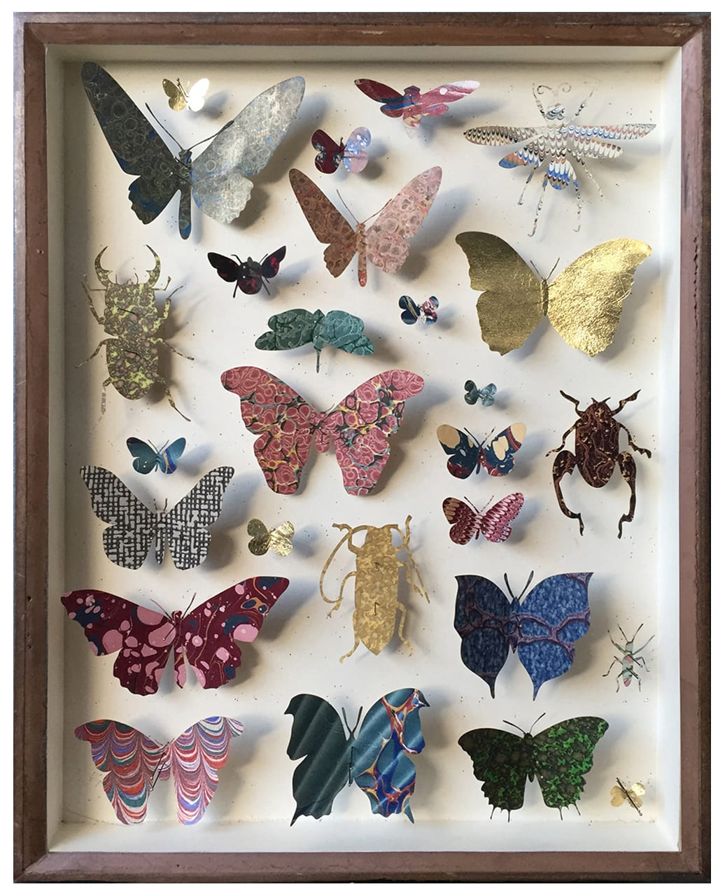 "<span class=""link fancybox-details-link""><a href=""/artists/142-helen-ward/works/6233-helen-ward-entomology-case-7-2019/"">View Detail Page</a></span><div class=""artist""><strong>Helen Ward</strong></div> <div class=""title""><em>Entomology Case 7</em>, 2019</div> <div class=""medium"">Victorian entomology drawer, hand-marbled papers, gold leaf, enamel pins</div> <div class=""dimensions"">39 x 29 cm</div><div class=""price"">£595.00</div><div class=""copyright_line"">Own Art: £ 59.50 x 10 Monthly 0% APR Representative Payments</div>"