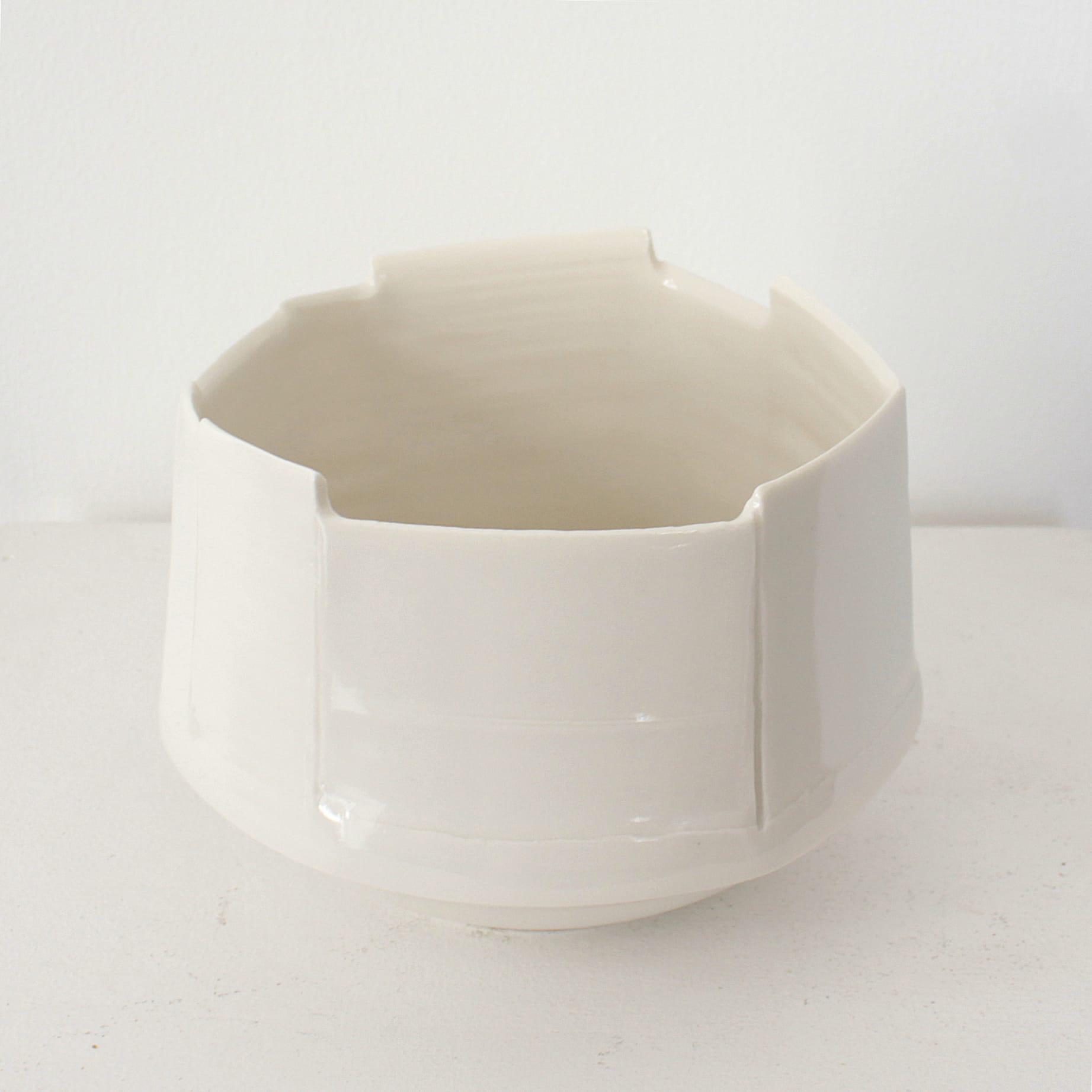 """<span class=""""link fancybox-details-link""""><a href=""""/artists/99-carina-ciscato/works/7884-carina-ciscato-white-large-constructed-bowl-2021/"""">View Detail Page</a></span><div class=""""artist""""><strong>Carina Ciscato</strong></div> <div class=""""title""""><em>White Large Constructed Bowl</em>, 2021</div> <div class=""""signed_and_dated"""">artist stamp</div> <div class=""""medium"""">porcelain</div> <div class=""""dimensions"""">11 x 15 x 13 cm</div><div class=""""price"""">£605.00</div><div class=""""copyright_line"""">Own Art: £60.50 x 10 Months, 0% APR</div>"""