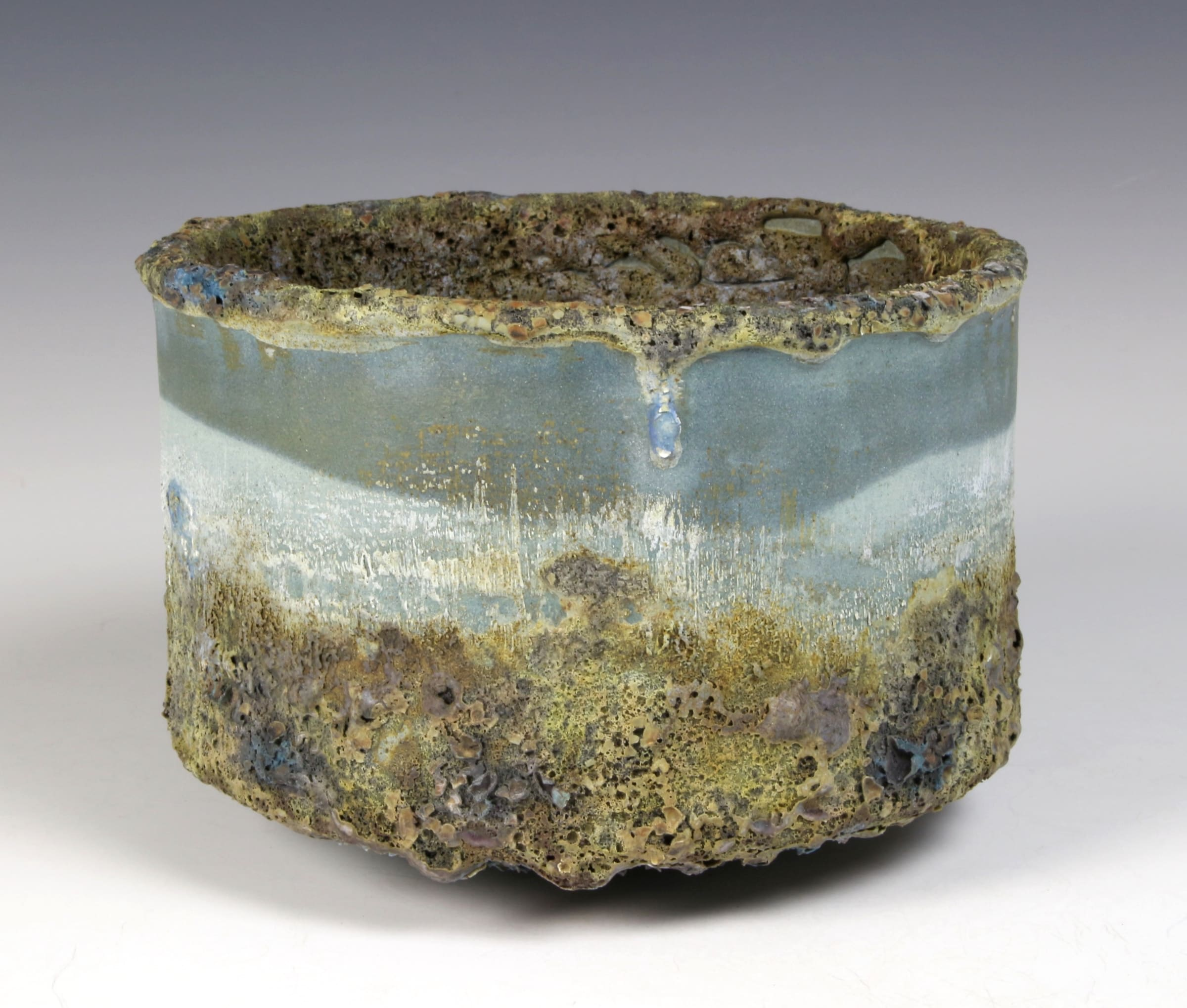 """<span class=""""link fancybox-details-link""""><a href=""""/content/feature/40/artworks7992/"""">View Detail Page</a></span><div class=""""signed_and_dated"""">impressed seal mark 'PW'</div> <div class=""""medium"""">stoneware, multiple slips and glazes</div> <div class=""""dimensions"""">10 x 15 cm</div>"""