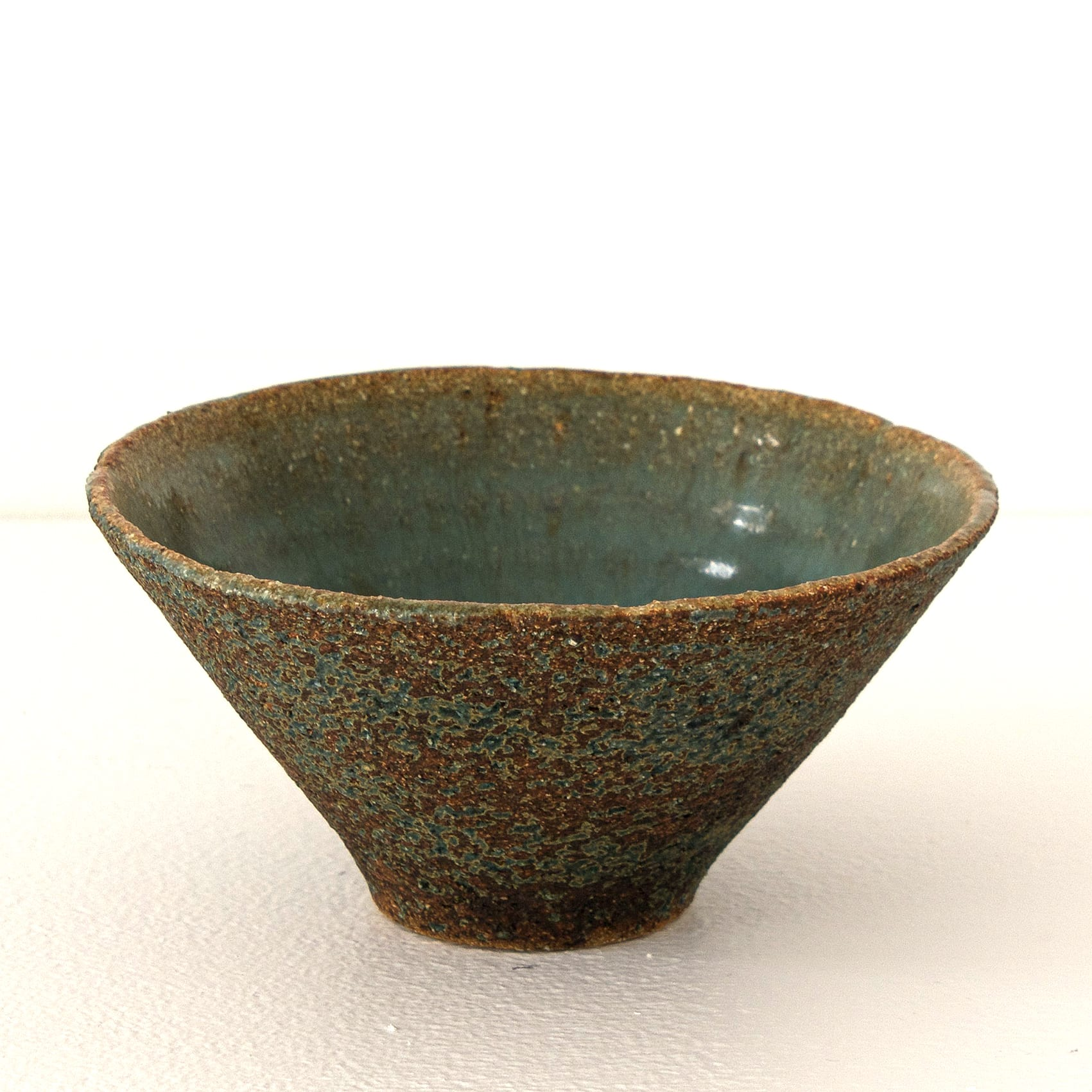 """<span class=""""link fancybox-details-link""""><a href=""""/artists/410-sotis-filippides/works/7704-sotis-filippides-small-bowl-2021/"""">View Detail Page</a></span><div class=""""artist""""><strong>Sotis Filippides</strong></div> <div class=""""title""""><em>Small Bowl</em>, 2021</div> <div class=""""signed_and_dated"""">impressed to the base with the artist's seal mark</div> <div class=""""medium"""">thrown stoneware</div> <div class=""""dimensions"""">h. 6 x dia. 12.5 cm</div><div class=""""copyright_line"""">Own Art: £6.60 x 10 Months, 0% APR</div>"""