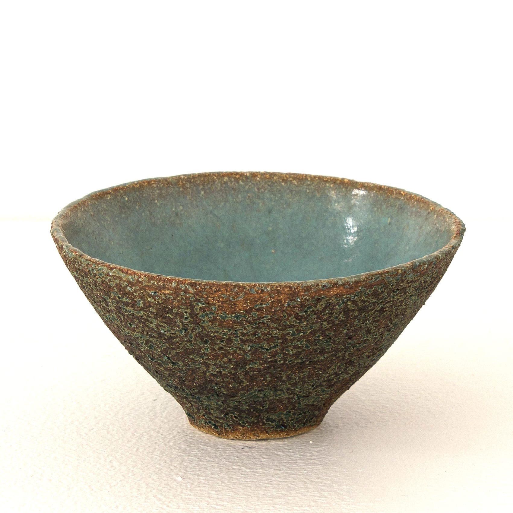 """<span class=""""link fancybox-details-link""""><a href=""""/artists/410-sotis-filippides/works/7703-sotis-filippides-small-bowl-2021/"""">View Detail Page</a></span><div class=""""artist""""><strong>Sotis Filippides</strong></div> <div class=""""title""""><em>Small Bowl</em>, 2021</div> <div class=""""signed_and_dated"""">impressed to the base with the artist's seal mark</div> <div class=""""medium"""">thrown stoneware</div> <div class=""""dimensions"""">h. 6 x dia. 10 cm</div><div class=""""copyright_line"""">Own Art: £5.50 x 10 Months, 0% APR</div>"""