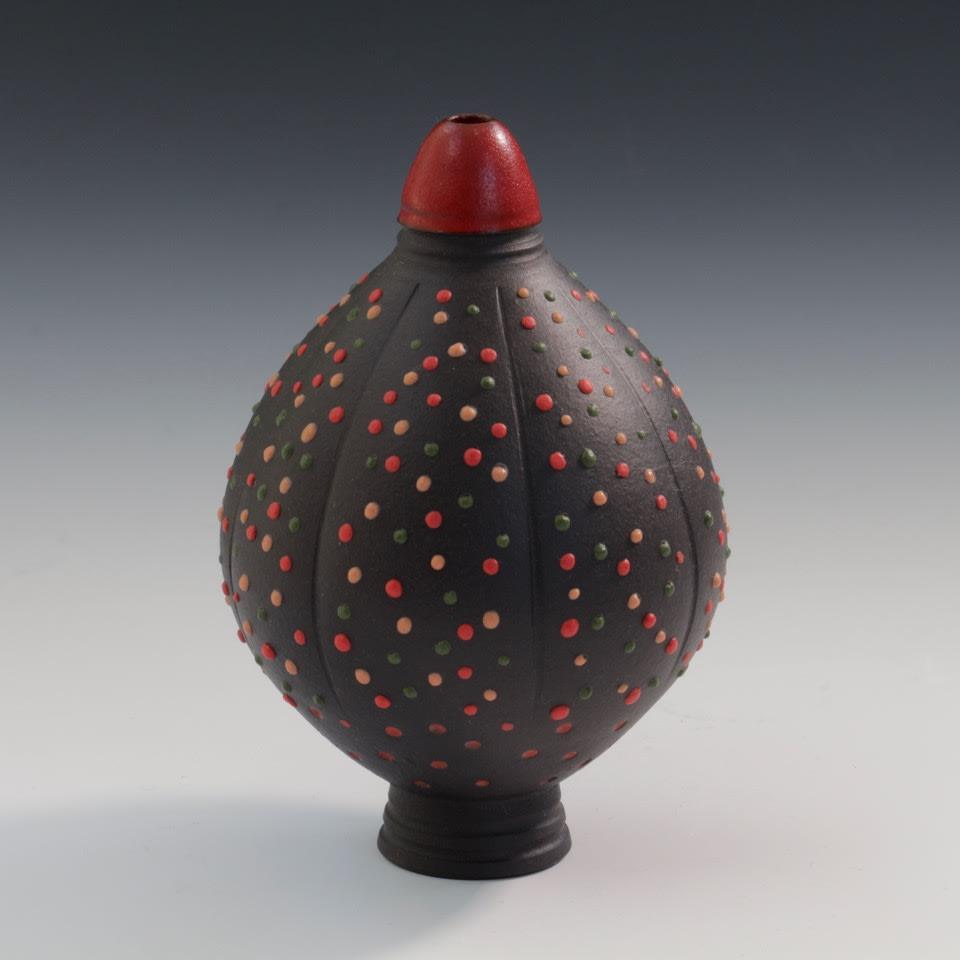 "<span class=""link fancybox-details-link""><a href=""/artists/61-geoffrey-swindell/works/7801-geoffrey-swindell-bud-vase-2021/"">View Detail Page</a></span><div class=""artist""><strong>Geoffrey Swindell</strong></div> <div class=""title""><em>Bud Vase</em>, 2021</div> <div class=""medium"">porcelain<br /> </div> <div class=""dimensions"">h. 10 cm</div><div class=""copyright_line"">Own Art: £22.20 x 10 Months, 0% APR</div>"