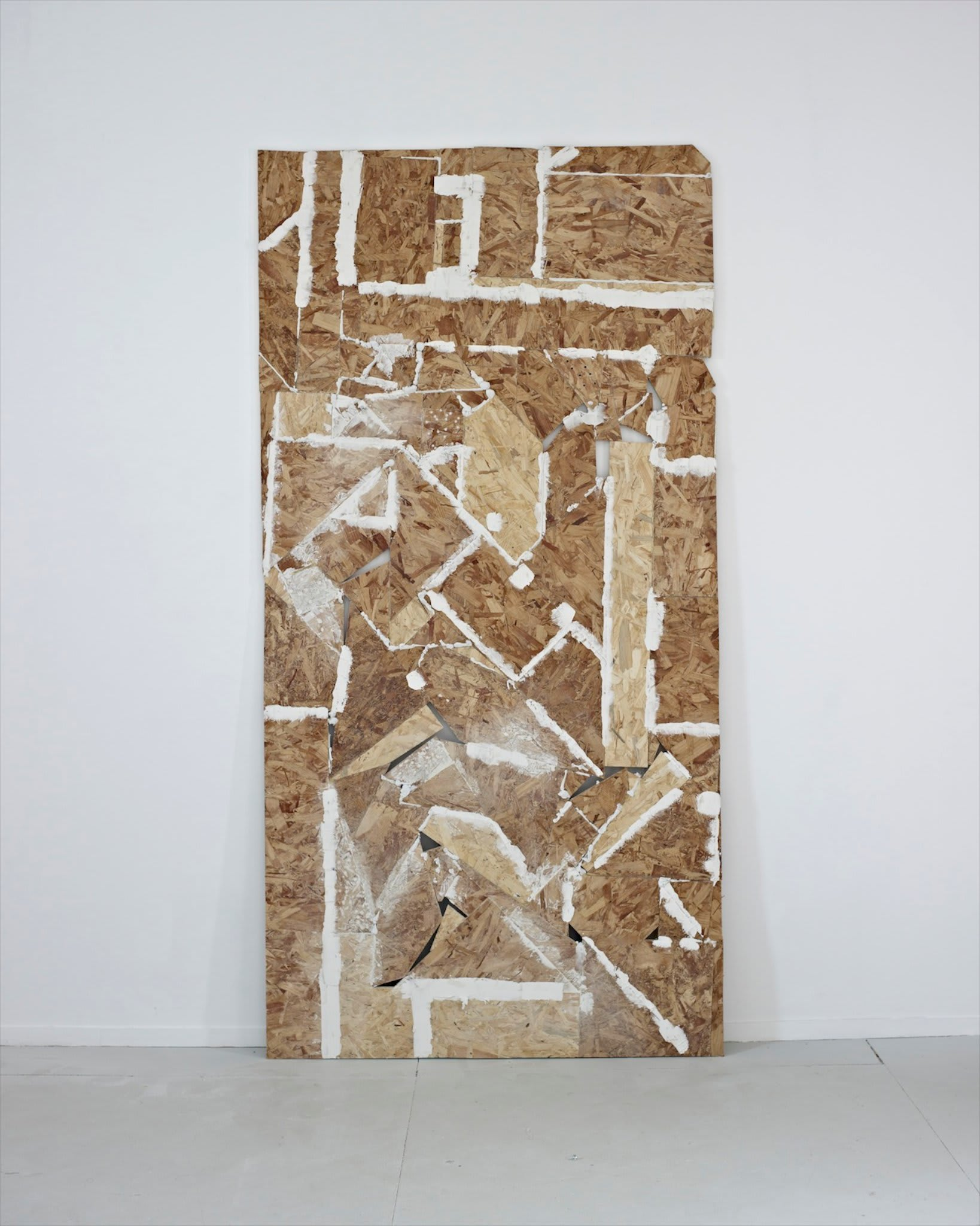 <span class=&#34;link fancybox-details-link&#34;><a href=&#34;/artists/16-paul-merrick/works/8116/&#34;>View Detail Page</a></span><div class=&#34;artist&#34;><strong>Paul Merrick</strong></div> <div class=&#34;title&#34;><em>Untitled (OSB)</em>, 2013</div> <div class=&#34;medium&#34;>Sterling board, filler, glue, chalk</div> <div class=&#34;dimensions&#34;>240 x 122 cm<br />94 1/2 x 48 1/8 in</div><div class=&#34;copyright_line&#34;>Copyright The Artist</div>