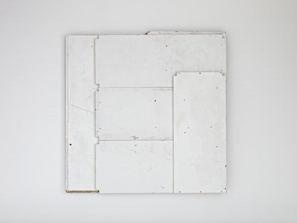 <span class=&#34;link fancybox-details-link&#34;><a href=&#34;/artists/16-paul-merrick/works/7807/&#34;>View Detail Page</a></span><div class=&#34;artist&#34;><strong>Paul Merrick</strong></div> <div class=&#34;title&#34;><em>Flag (White)</em>, 2012</div> <div class=&#34;medium&#34;>Melamine, Chipboard</div> <div class=&#34;dimensions&#34;>122 x 123 cm<br />48 1/8 x 48 3/8 in</div><div class=&#34;copyright_line&#34;>Copyright The Artist</div>