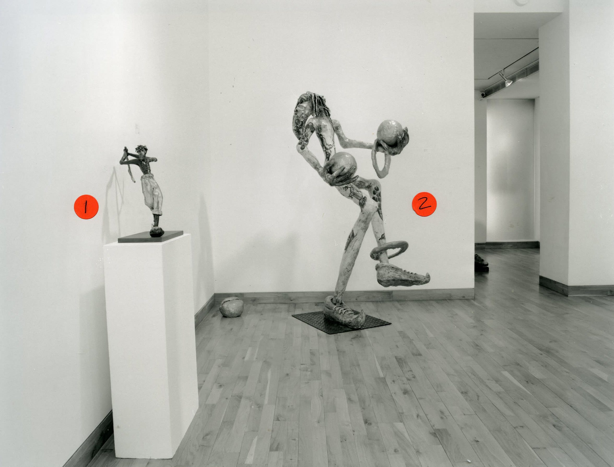 """<span class=""""link fancybox-details-link""""><a href=""""/exhibitions/162/works/image_standalone711/"""">View Detail Page</a></span><p>PATRICK O'REILLY   THE BROKEN WING   25 FEB - 01 APR 1999   Installation View</p>"""
