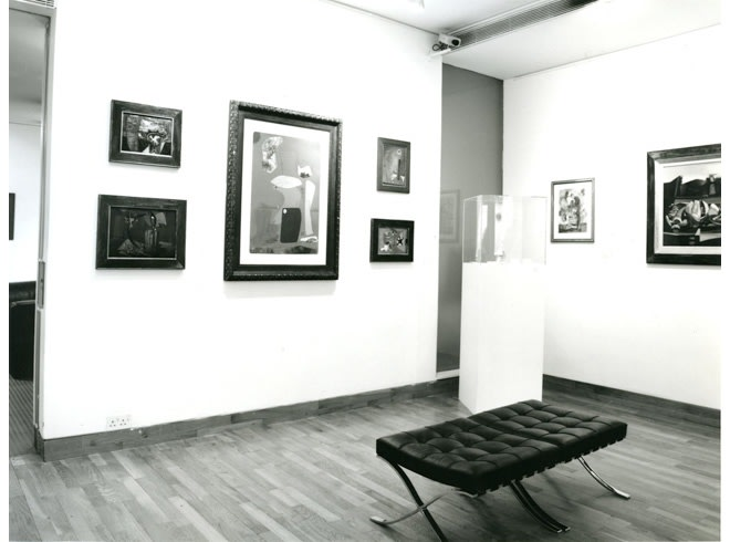"""<span class=""""link fancybox-details-link""""><a href=""""/exhibitions/217/works/image_standalone1064/"""">View Detail Page</a></span><p>MAN RAY AND ROLAND PENROSE   TWO OLD PALS   26 JUN - 31 AUG 1990   Installation View</p>"""