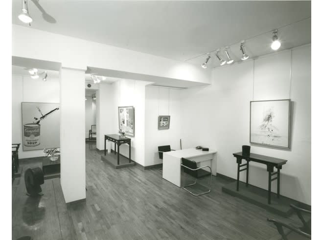 """<span class=""""link fancybox-details-link""""><a href=""""/exhibitions/242/works/image_standalone1248/"""">View Detail Page</a></span><p>AMERICAN PAINTINGS WITH CHINESE FUNITURE 