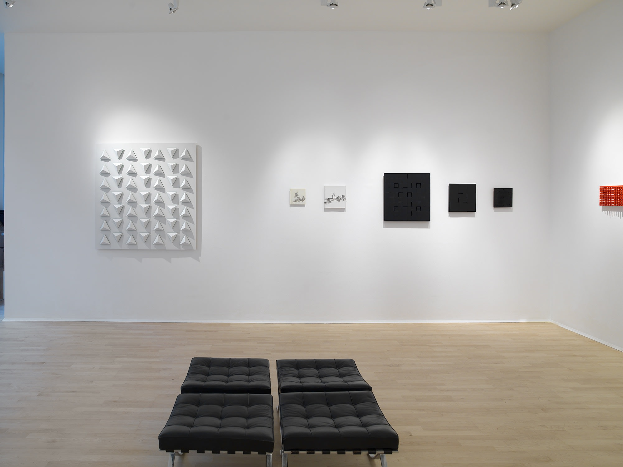 "<span class=""link fancybox-details-link""><a href=""/exhibitions/54/works/image_standalone40/"">View Detail Page</a></span><p>LUIS TOMASELLO 