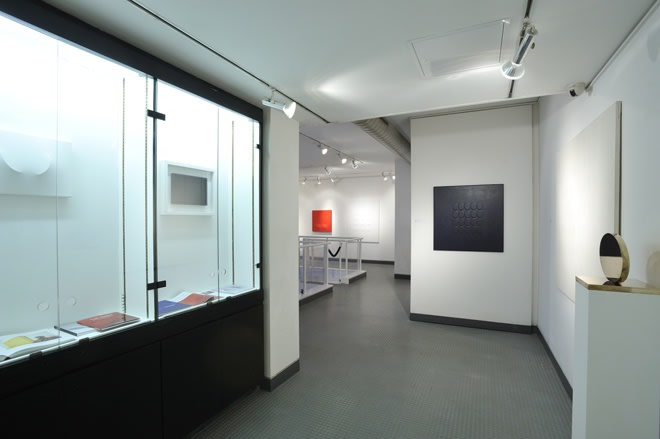 "<span class=""link fancybox-details-link""><a href=""/exhibitions/68/works/image_standalone156/"">View Detail Page</a></span><p>TURI SIMETI 