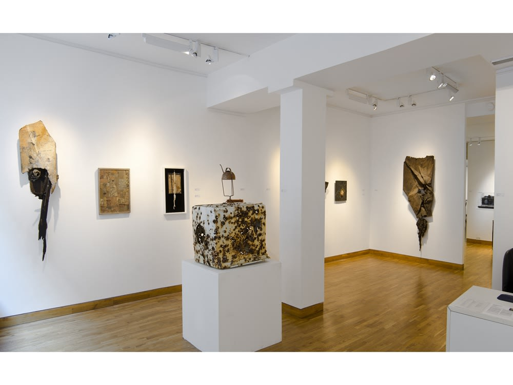 """<span class=""""link fancybox-details-link""""><a href=""""/exhibitions/76/works/image_standalone198/"""">View Detail Page</a></span><p>DO NOT REMOVE   BRUCE CONNER, GEORGE HERMS & ROBERT MALLARY   14 SEP - 26 OCT 2011   Installation View</p>"""