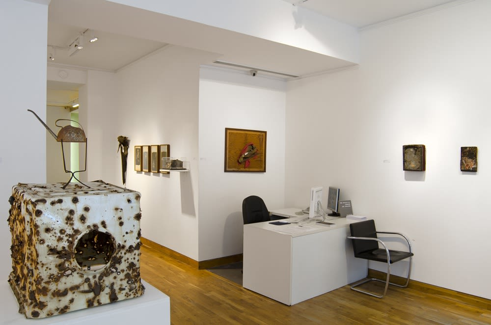 """<span class=""""link fancybox-details-link""""><a href=""""/exhibitions/76/works/image_standalone199/"""">View Detail Page</a></span><p>DO NOT REMOVE   BRUCE CONNER, GEORGE HERMS & ROBERT MALLARY   14 SEP - 26 OCT 2011   Installation View</p>"""