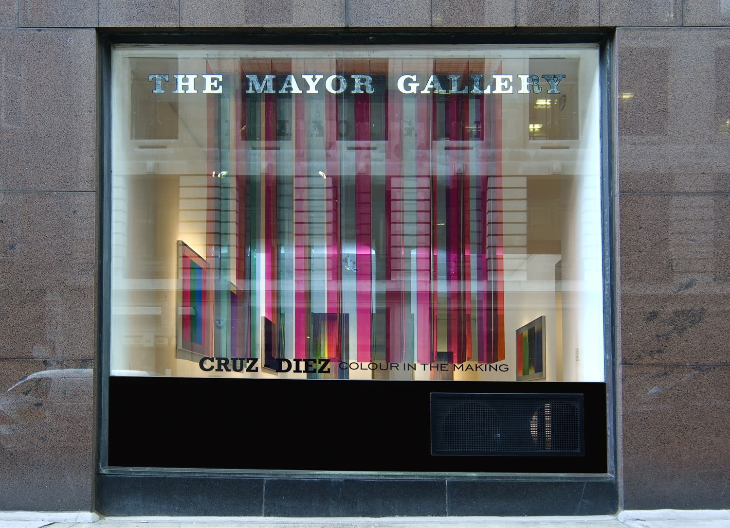 "<span class=""link fancybox-details-link""><a href=""/exhibitions/92/works/image_standalone304/"">View Detail Page</a></span><p>CARLOS CRUZ-DIEZ 