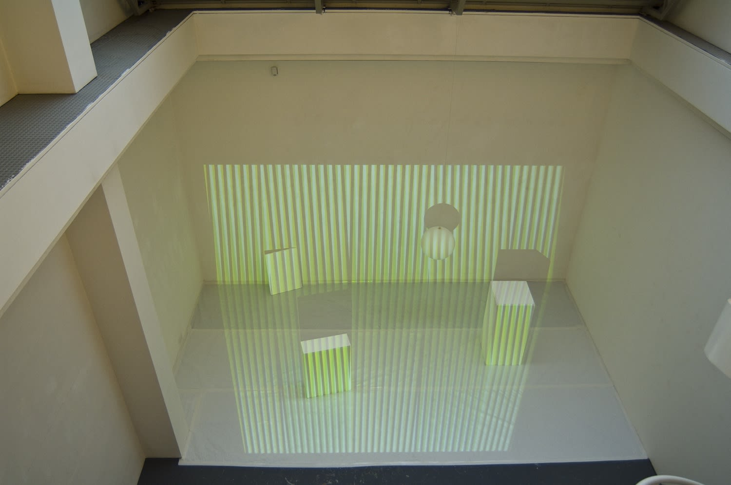 "<span class=""link fancybox-details-link""><a href=""/exhibitions/92/works/image_standalone293/"">View Detail Page</a></span><p>CARLOS CRUZ-DIEZ 