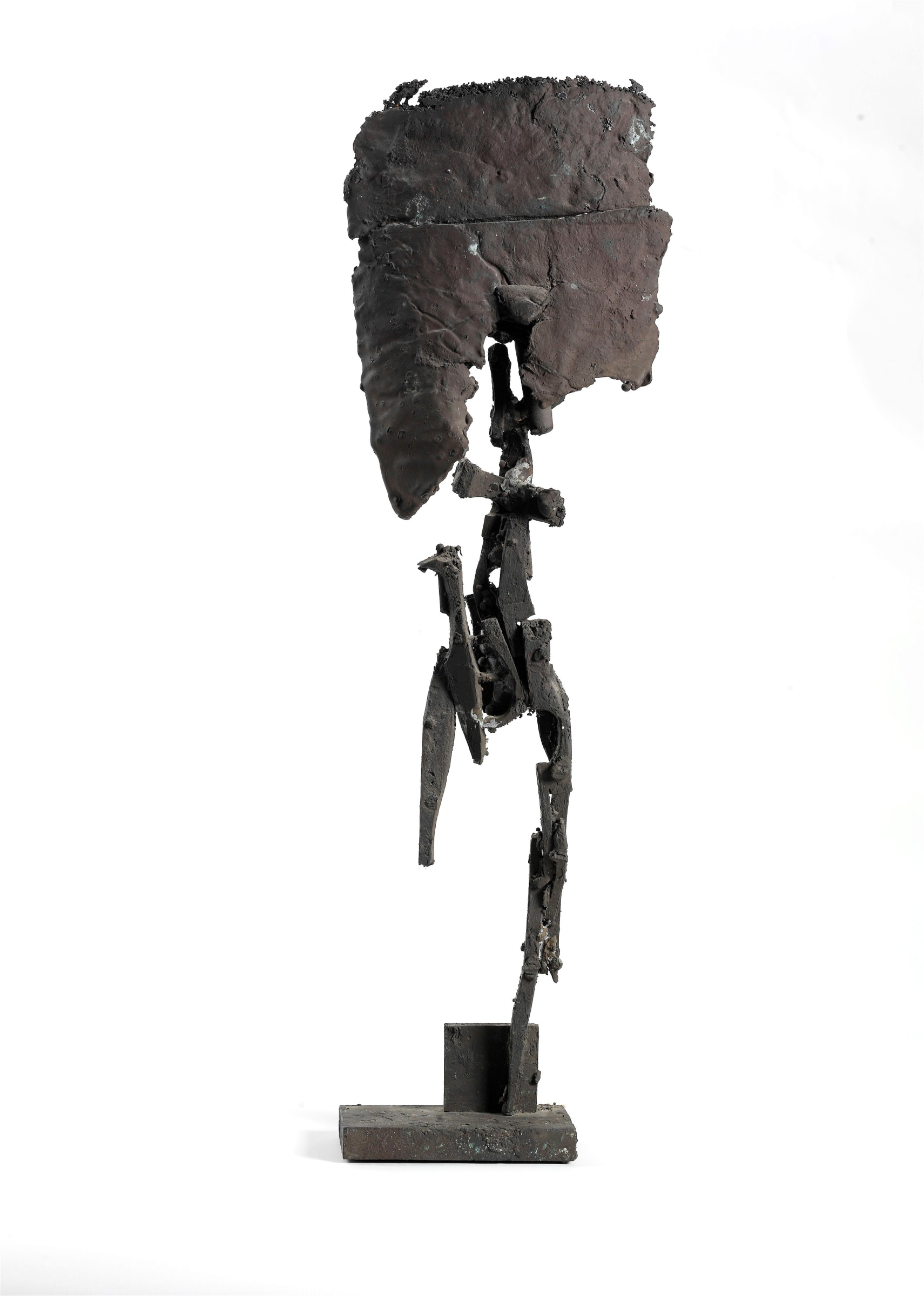 """<span class=""""link fancybox-details-link""""><a href=""""/artists/157-robert-mallary/works/11042-robert-mallary-untitled-standing-figure-1965/"""">View Detail Page</a></span><div class=""""artist""""><span class=""""artist""""><strong>ROBERT MALLARY</strong></span></div><div class=""""title""""><em>Untitled (Standing Figure)</em>, 1965</div><div class=""""medium"""">Cast bronze</div><div class=""""dimensions"""">67.3 x 23 x 10.2 cm<br /> 26 ½ x 9 x 4 inches</div>"""