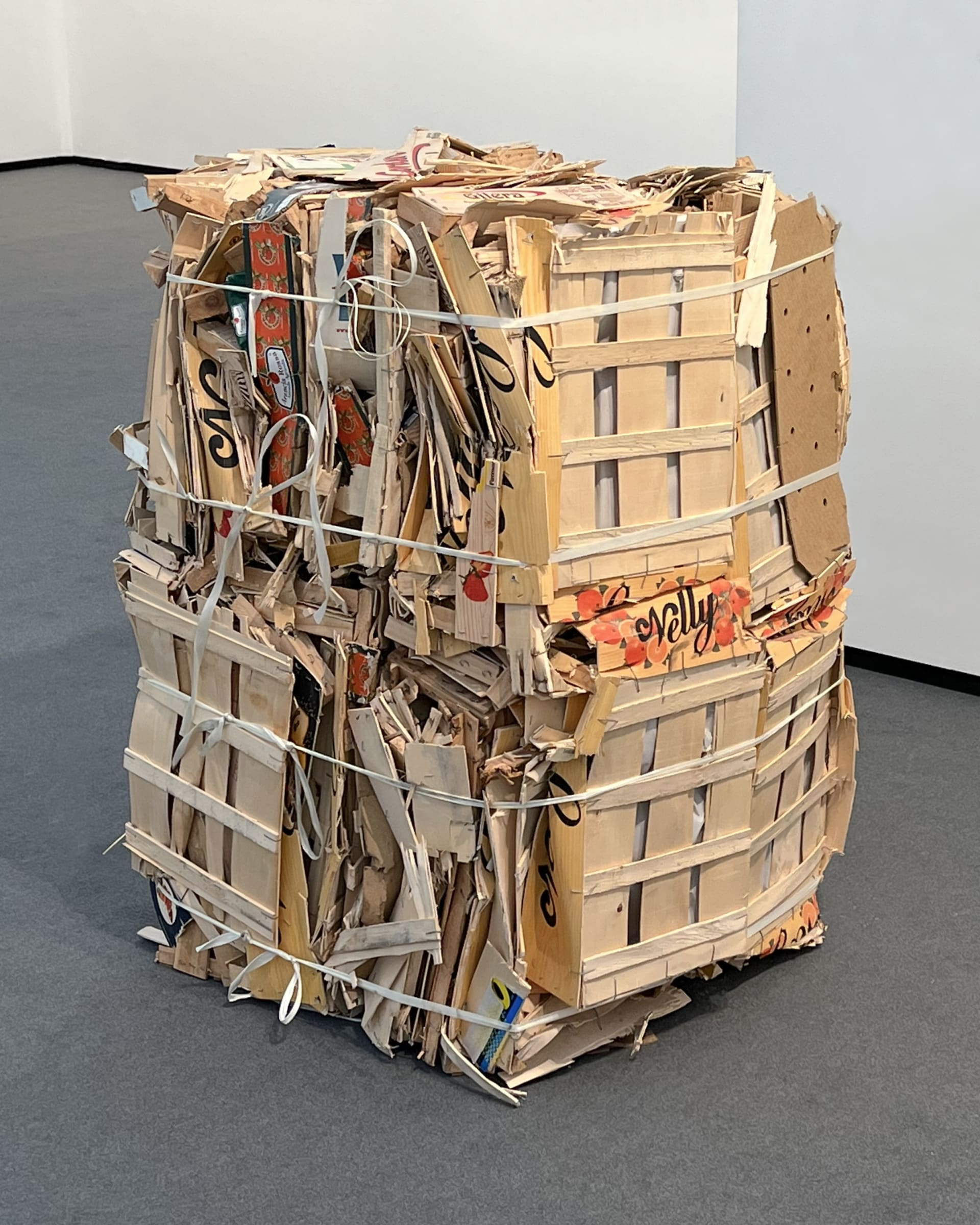 "<span class=""link fancybox-details-link""><a href=""/exhibitions/583/works/artworks_standalone11220/"">View Detail Page</a></span><div class=""medium"">Scrap wood, paper and plastic</div><div class=""dimensions"">c. 120 x 80 x 80 cm</div>"