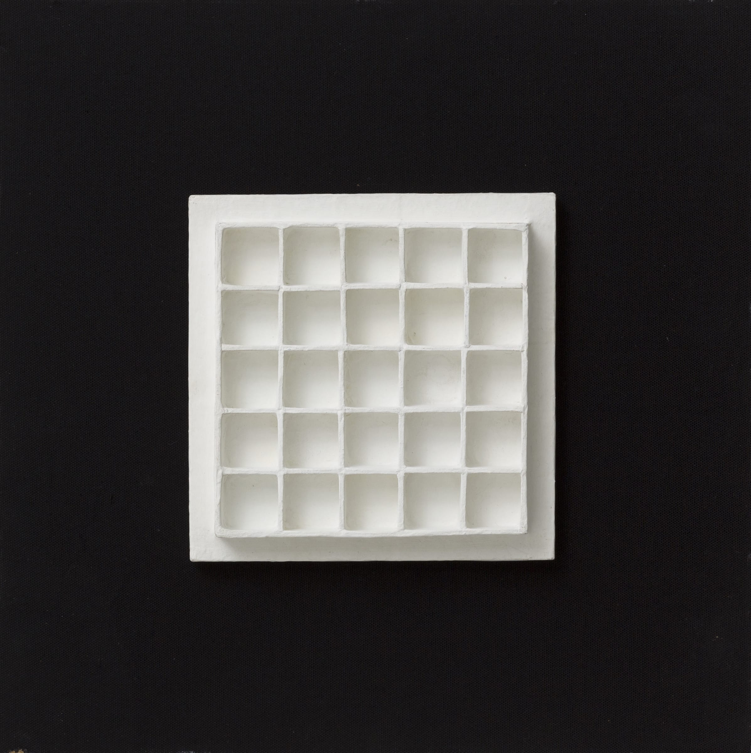"<span class=""link fancybox-details-link""><a href=""/artists/100-jan-schoonhoven/works/11088-jan-schoonhoven-r-70-14-1970/"">View Detail Page</a></span><div class=""artist""><span class=""artist""><strong>JAN SCHOONHOVEN</strong></span></div>