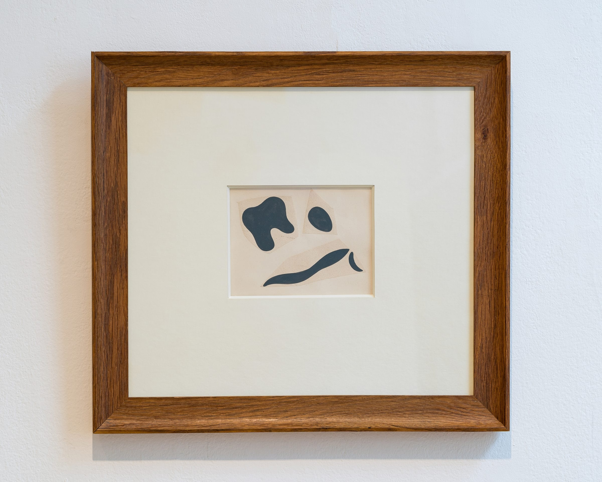 """<span class=""""link fancybox-details-link""""><a href=""""/exhibitions/582/works/artworks_standalone11191/"""">View Detail Page</a></span><div class=""""signed_and_dated"""">Signed and stamped on reverse Succ Jean Arp (Succession Jean Arp)</div><div class=""""medium"""">Collage on paper</div><div class=""""dimensions"""">4 3/4 x 6 1/2 inches (12 x 16.5 cm)<br /> Frame: 18 3/4 x 16 3/4 inches (47.5 x 42.5 cm)</div>"""