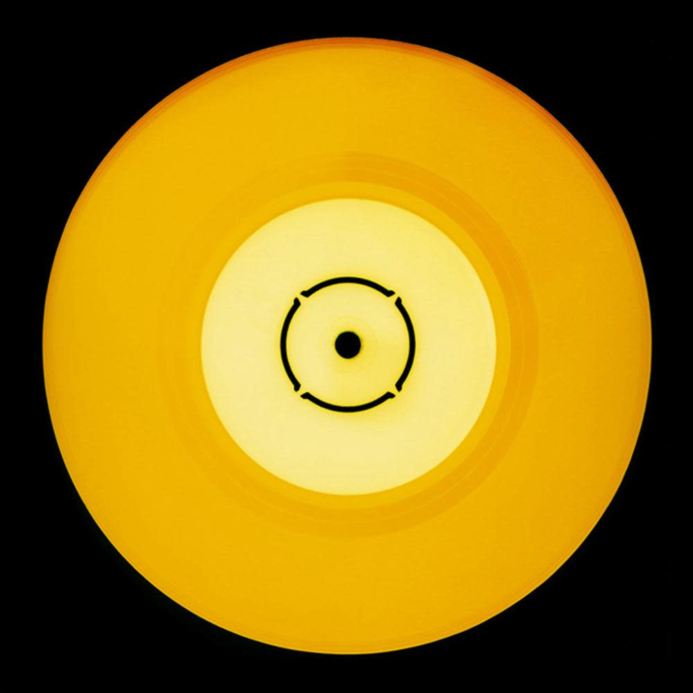 "<span class=""link fancybox-details-link""><a href=""/artists/183-heidler-%26-heeps/works/2723-heidler-heeps-double-b-side-sunshine/"">View Detail Page</a></span><div class=""artist""><strong>Heidler & Heeps</strong></div> <div class=""title""><em>Double B Side (Sunshine)</em></div> <div class=""medium"">C-Type Print (framed)</div> <div class=""dimensions"">32.5 x 32.5 cm </div> <div class=""edition_details"">Edition of 50</div><div class=""price"">£150.00</div>"