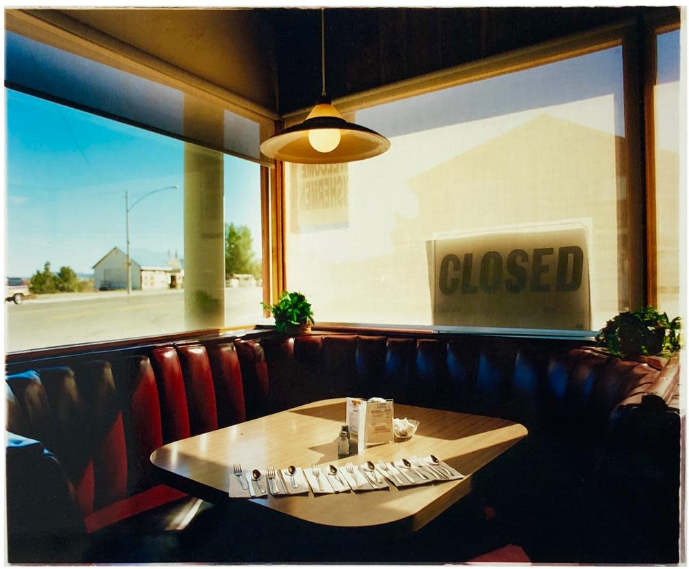 "<span class=""link fancybox-details-link""><a href=""/artists/196-richard-heeps/works/2990-richard-heeps-nicely-s-cafe-mono-lake-california-2001/"">View Detail Page</a></span><div class=""artist""><strong>Richard Heeps</strong></div> <div class=""title""><em>Nicely's Cafe, Mono Lake, California, 2001</em></div> <div class=""medium"">C-Type Print </div> <div class=""dimensions"">85 x 97 cm </div> <div class=""edition_details"">Edition of 25</div><div class=""price"">£412.50</div><div class=""copyright_line"">Copyright The Artist</div>"