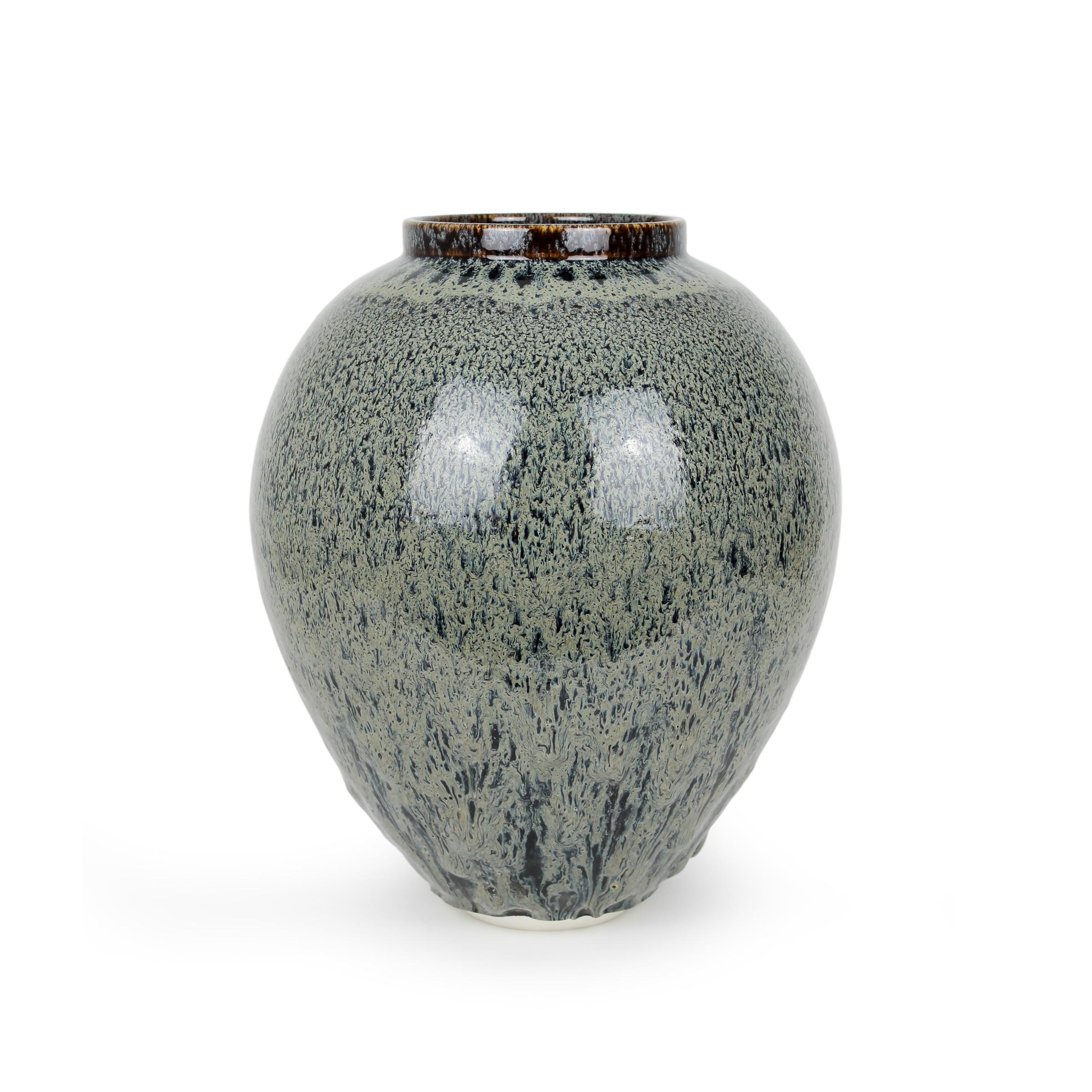 "<span class=""link fancybox-details-link""><a href=""/exhibitions/45/works/artworks3348/"">View Detail Page</a></span><div class=""artist""><strong>Albert Montserrat</strong></div><div class=""title""><em>Bear Fur Vessel</em>, 2020</div><div class=""medium"">Oil - Spot Glazed Thrown Porcelain</div><div class=""dimensions"">42 x 35 x 35 cm<br>16 1/2 x 13 3/4 x 13 3/4 in.</div>"