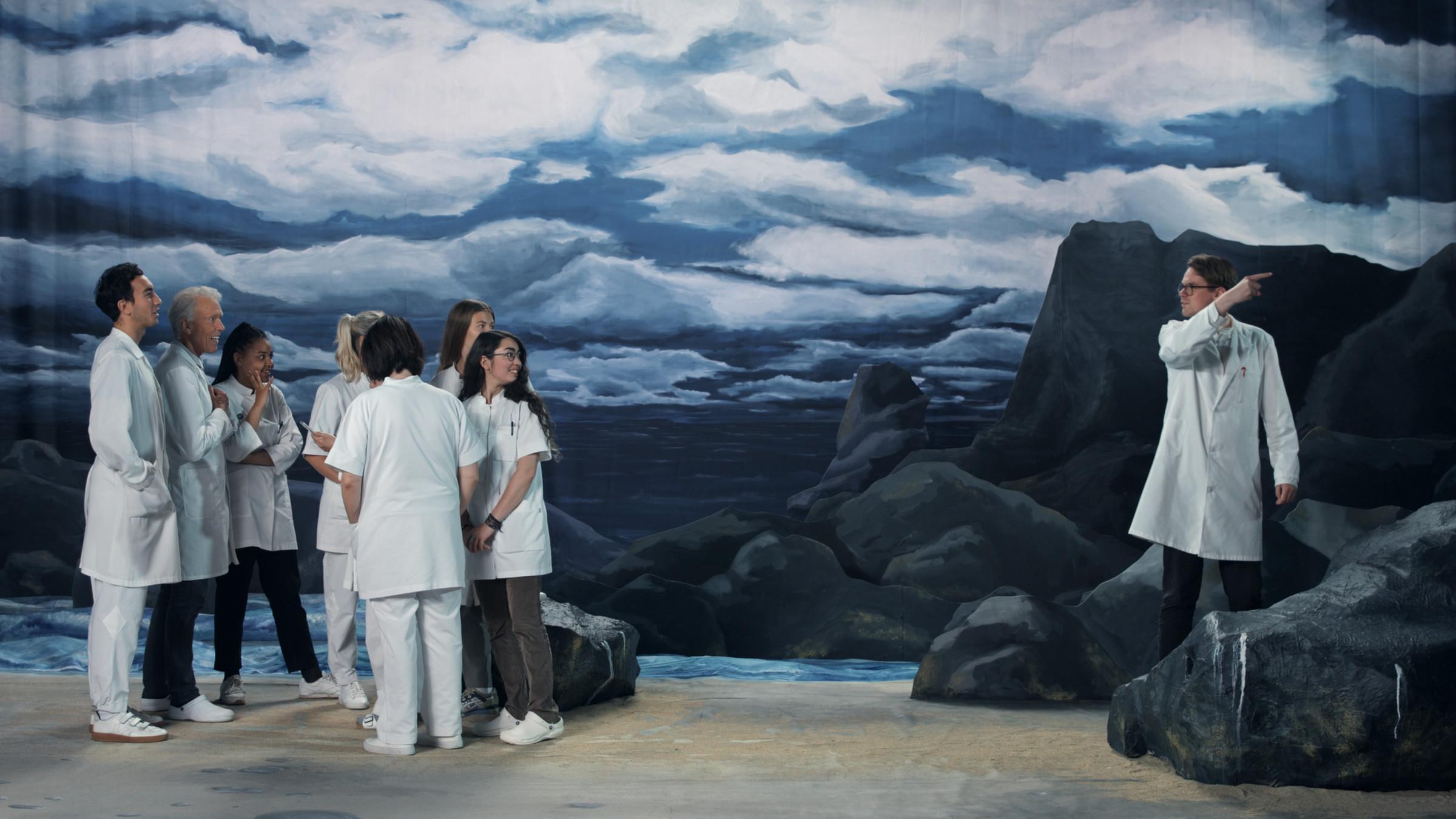 <span class=&#34;link fancybox-details-link&#34;><a href=&#34;/exhibitions/168/works/artworks15768/&#34;>View Detail Page</a></span><div class=&#34;artist&#34;><strong>RAGNAR KJARTANSSON</strong></div><div class=&#34;title&#34;><em>Figures in Landscape (Wednesday)</em>, 2018</div><div class=&#34;medium&#34;>single channel video</div><div class=&#34;dimensions&#34;>video, 24 hours</div><div class=&#34;edition_details&#34;>Edition of 6 plus 2 artist's proofs</div>