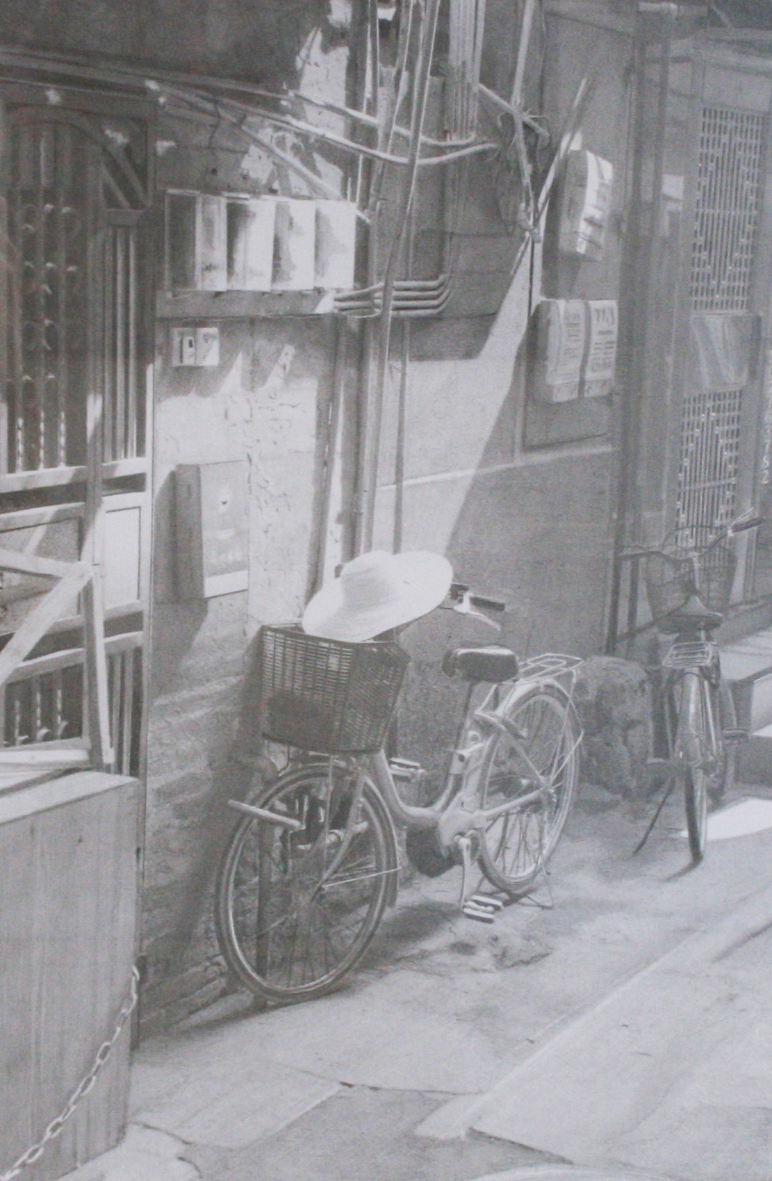 <span class=&#34;link fancybox-details-link&#34;><a href=&#34;/artists/77-paul-cadden/works/638/&#34;>View Detail Page</a></span><div class=&#34;artist&#34;><strong>Paul Cadden</strong></div> <div class=&#34;title&#34;><em>Guangzhou</em></div> <div class=&#34;medium&#34;>Pencil on paper</div> <div class=&#34;dimensions&#34;>framed: 79 x 62.5 cm<br />47 x 31 cm</div>