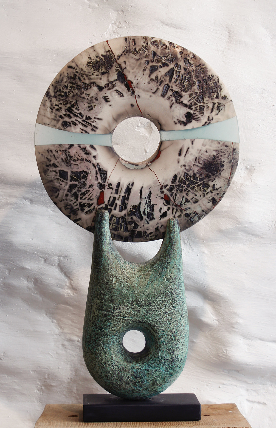 <span class=&#34;link fancybox-details-link&#34;><a href=&#34;/artists/40-peter-hayes/works/5650-peter-hayes-raku-disc-2018/&#34;>View Detail Page</a></span><div class=&#34;artist&#34;><strong>Peter Hayes</strong></div> <div class=&#34;title&#34;><em>Raku Disc</em>, 2018</div> <div class=&#34;signed_and_dated&#34;>signed on base</div> <div class=&#34;medium&#34;>stoneware</div> <div class=&#34;dimensions&#34;>45.7 x 22.9 cm<br /> 18 x 9 inches</div><div class=&#34;copyright_line&#34;>OwnArt: £ 75 x 10 Months, 0% APR</div>
