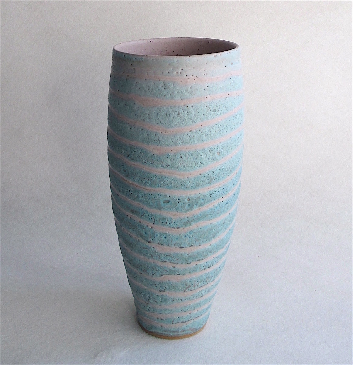 <span class=&#34;link fancybox-details-link&#34;><a href=&#34;/artists/44-sarah-perry/works/5967-sarah-perry-pink-fossil-vessel-2018/&#34;>View Detail Page</a></span><div class=&#34;artist&#34;><strong>Sarah Perry</strong></div> <div class=&#34;title&#34;><em>Pink Fossil Vessel</em>, 2018</div> <div class=&#34;signed_and_dated&#34;>stamped by the artist's mark</div> <div class=&#34;medium&#34;>stoneware</div> <div class=&#34;dimensions&#34;>h 22</div><div class=&#34;price&#34;>£145.00</div><div class=&#34;copyright_line&#34;>Copyright The Artist</div>