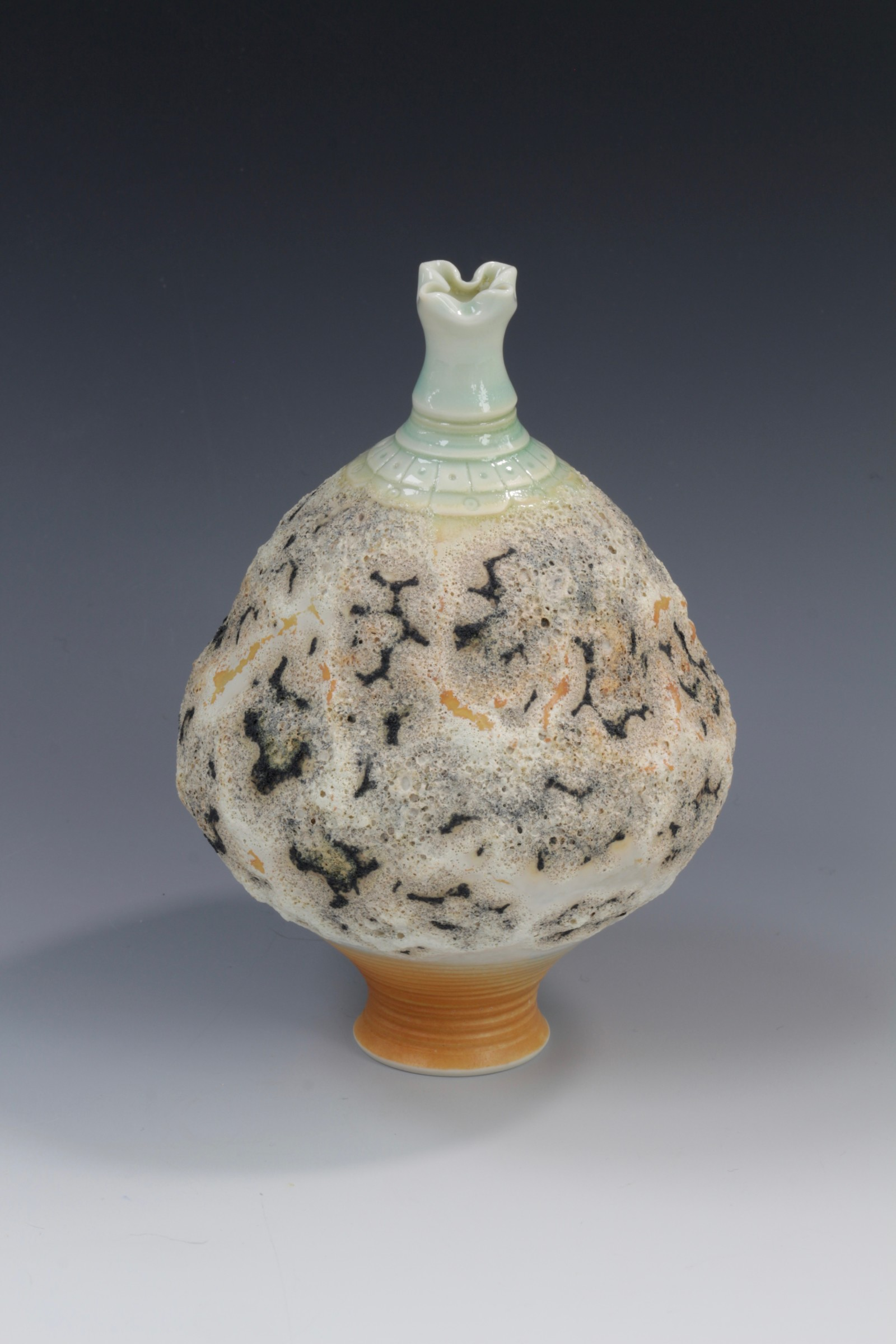 "<span class=""link fancybox-details-link""><a href=""/artists/61-geoffrey-swindell/works/7079-geoffrey-swindell-bud-vase-2020/"">View Detail Page</a></span><div class=""artist""><strong>Geoffrey Swindell</strong></div> <div class=""title""><em>Bud Vase</em>, 2020</div> <div class=""signed_and_dated"">Stamped on the bottom</div> <div class=""medium"">Porcelain</div><div class=""copyright_line"">Own Art: £ 17 x 10 Months, 0% APR</div>"
