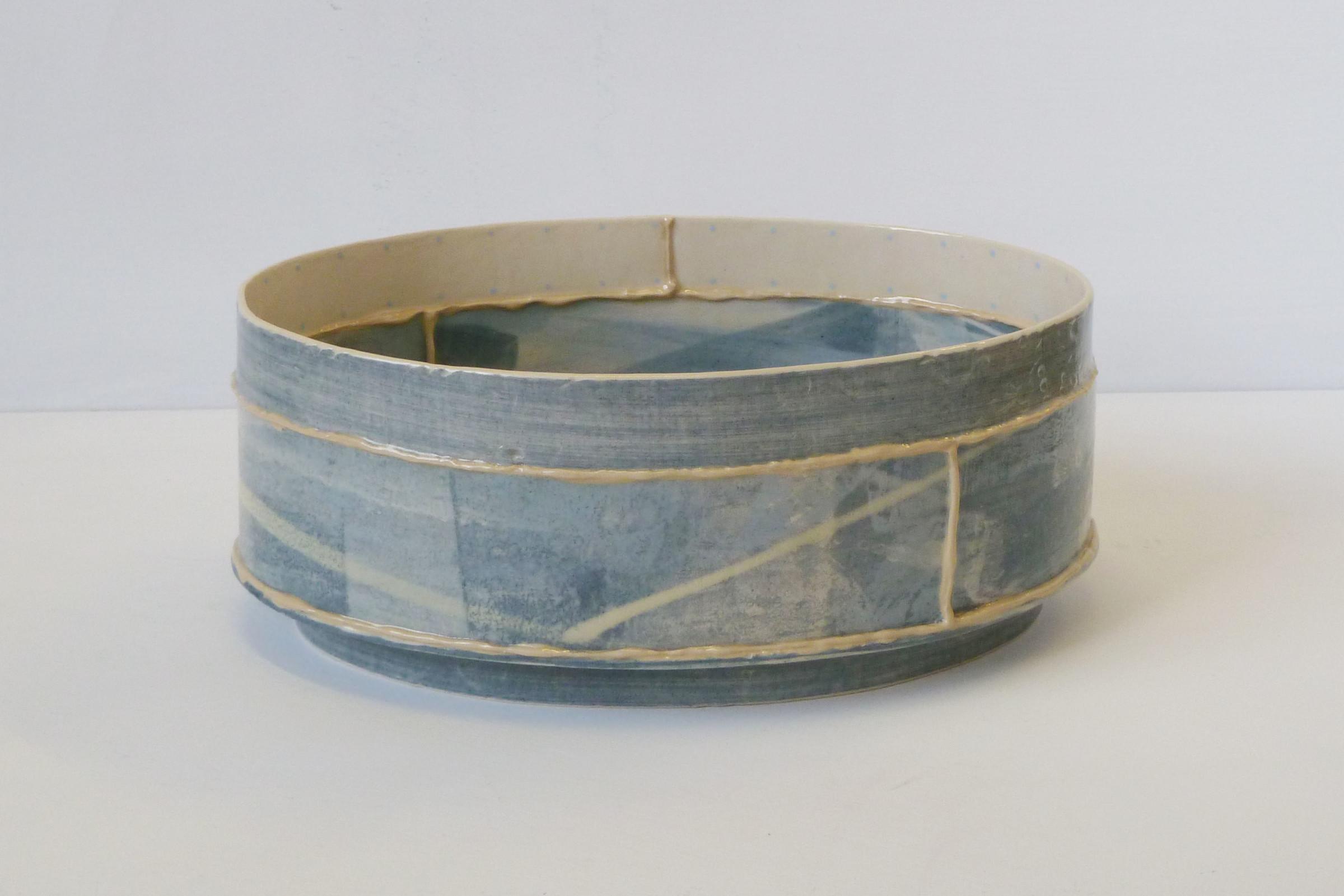 <span class=&#34;link fancybox-details-link&#34;><a href=&#34;/artists/157-emily-kriste-wilcox/works/3951-emily-kriste-wilcox-short-oval-vessel-navy-print-with-yellow-2017/&#34;>View Detail Page</a></span><div class=&#34;artist&#34;><strong>Emily-Kriste Wilcox</strong></div> <div class=&#34;title&#34;><em>Short Oval Vessel, Navy Print with Yellow</em>, 2017</div> <div class=&#34;medium&#34;>handbuilt ceramic</div> <div class=&#34;dimensions&#34;>9 x 22 x 17 cm<br /> 3 1/2 x 8 5/8 x 6 3/4 inches</div><div class=&#34;copyright_line&#34;>OwnArt: £ 29 x £ 10 Months, 0% APR</div>