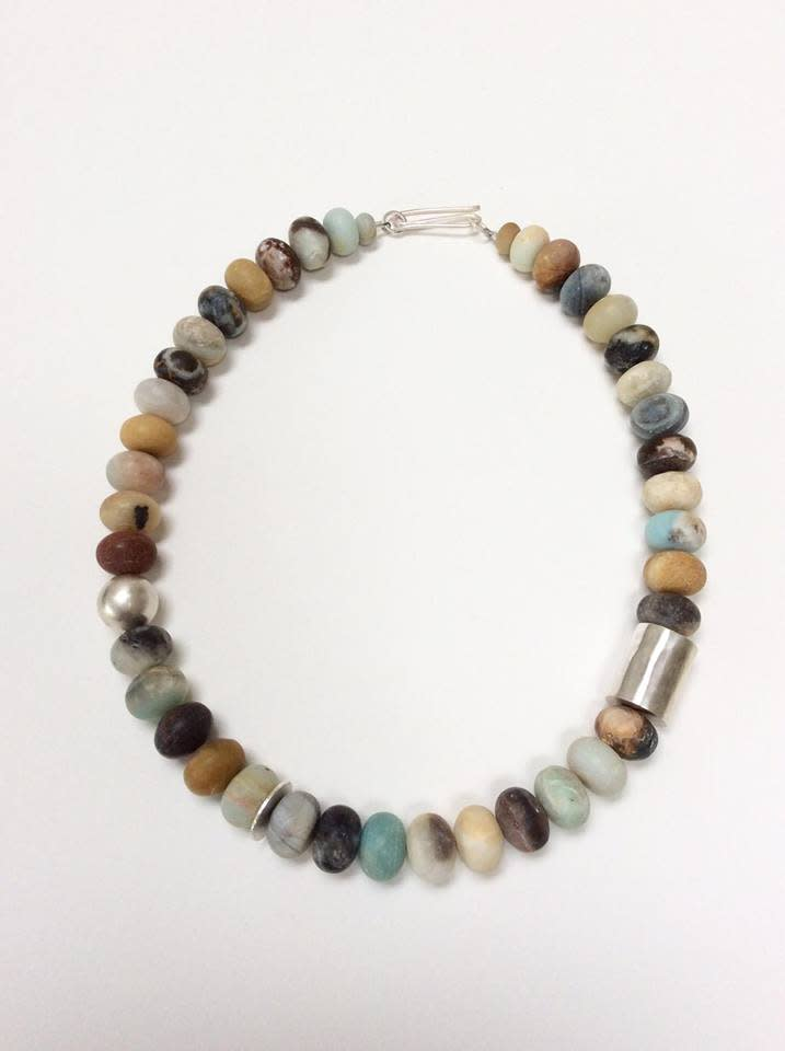 "<span class=""link fancybox-details-link""><a href=""/artists/148-roberta-hopkins/works/6693-roberta-hopkins-black-amazonite-chunky-rondelles-2019/"">View Detail Page</a></span><div class=""artist""><strong>Roberta Hopkins</strong></div> <div class=""title""><em>Black Amazonite chunky rondelles</em>, 2019</div> <div class=""copyright_line"">Ownart: £7.50 x 10 Months, 0% APR</div>"