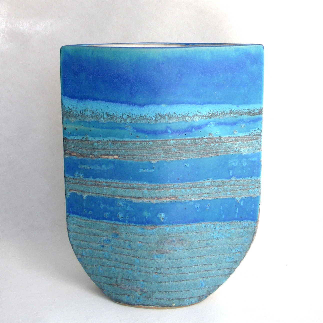 "<span class=""link fancybox-details-link""><a href=""/artists/44-sarah-perry/works/6271-sarah-perry-blue-totem-ellipse-2019/"">View Detail Page</a></span><div class=""artist""><strong>Sarah Perry</strong></div> <div class=""title""><em>Blue Totem Ellipse</em>, 2019</div> <div class=""signed_and_dated"">maker's impressed stamp to base</div> <div class=""medium"">hand-built stoneware</div> <div class=""dimensions"">h 31.5 cm, w 24.5 cm</div><div class=""copyright_line"">Own Art: £ 37.50 x 10 Months, 0% APR</div>"