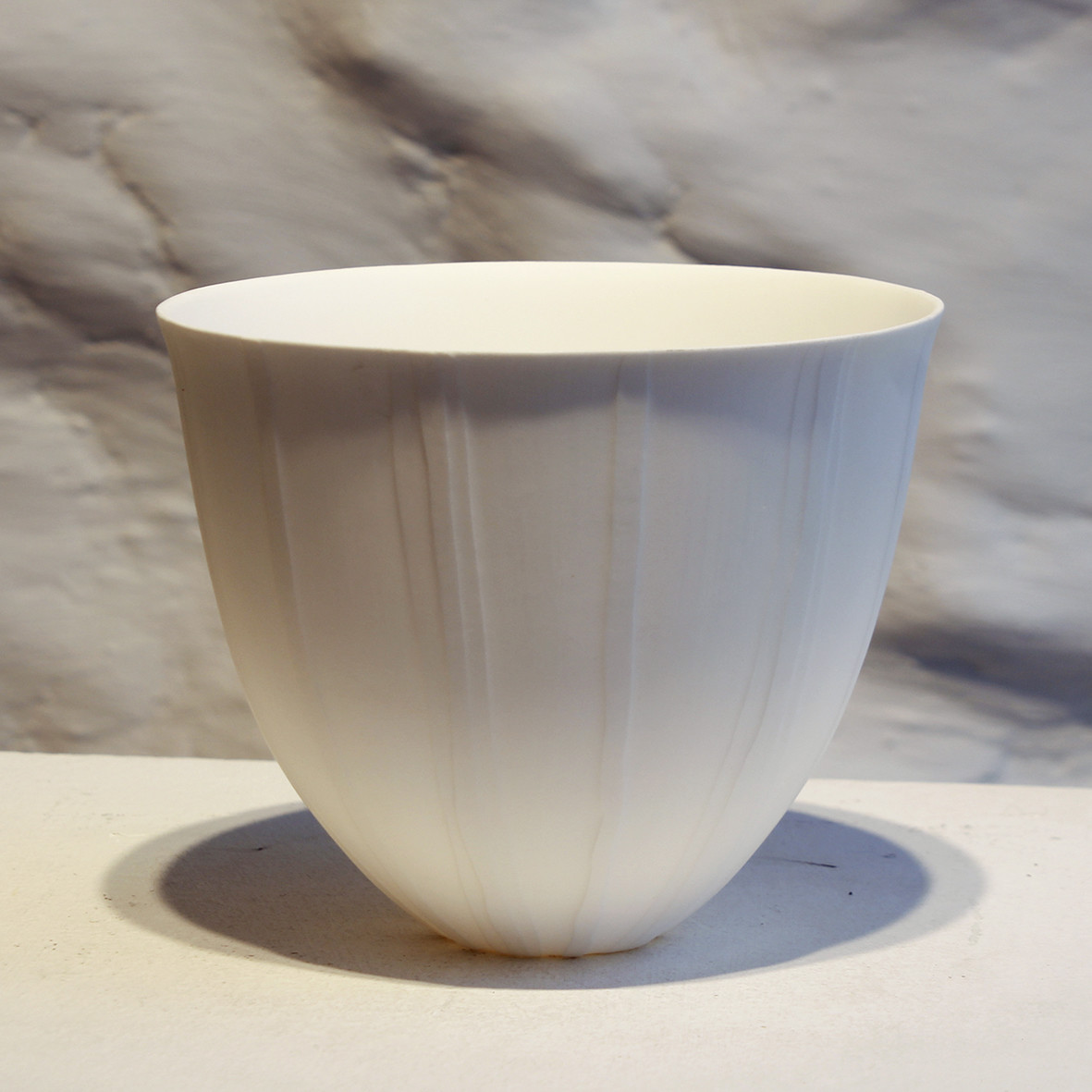 "<span class=""link fancybox-details-link""><a href=""/artists/60-sasha-wardell/works/6014-sasha-wardell-veil-small-bowl-2018/"">View Detail Page</a></span><div class=""artist""><strong>Sasha Wardell</strong></div> <div class=""title""><em>Veil  Small Bowl</em>, 2018</div> <div class=""medium"">porcelain ripple</div><div class=""price"">£180.00</div><div class=""copyright_line"">Copyright The Artist</div>"