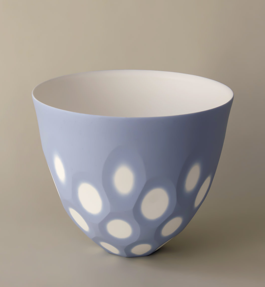 "<span class=""link fancybox-details-link""><a href=""/artists/60-sasha-wardell/works/7314-sasha-wardell-medium-space-bowl-lilac-2020/"">View Detail Page</a></span><div class=""artist""><strong>Sasha Wardell</strong></div> b. 1956 <div class=""title""><em>Medium Space Bowl Lilac</em>, 2020</div> <div class=""medium"">porcelain</div> <div class=""dimensions"">h. 14 x dia. 18 cm </div><div class=""price"">£200.00</div><div class=""copyright_line"">Ownart: £20 x 10 Months, 0% APR</div>"
