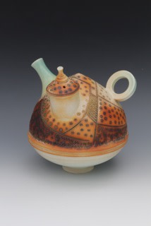 "<span class=""link fancybox-details-link""><a href=""/artists/61-geoffrey-swindell/works/5606-geoffrey-swindell-teapot-2018/"">View Detail Page</a></span><div class=""artist""><strong>Geoffrey Swindell</strong></div> <div class=""title""><em>Teapot</em>, 2018</div> <div class=""signed_and_dated"">stamped on the base</div> <div class=""medium"">porcelain</div>"