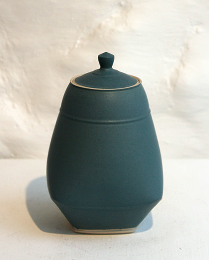 "<span class=""link fancybox-details-link""><a href=""/artists/33-sun-kim/works/4554-sun-kim-small-lidded-jar-2017/"">View Detail Page</a></span><div class=""artist""><strong>Sun Kim</strong></div> <div class=""title""><em>Small Lidded Jar</em>, 2017</div> <div class=""signed_and_dated"">stamped by the artist</div> <div class=""medium"">porcelain</div> <div class=""dimensions"">h. 12 x w. 9cm </div><div class=""copyright_line"">OwnArt: £ 22 x 10 Months, 0% APR</div>"