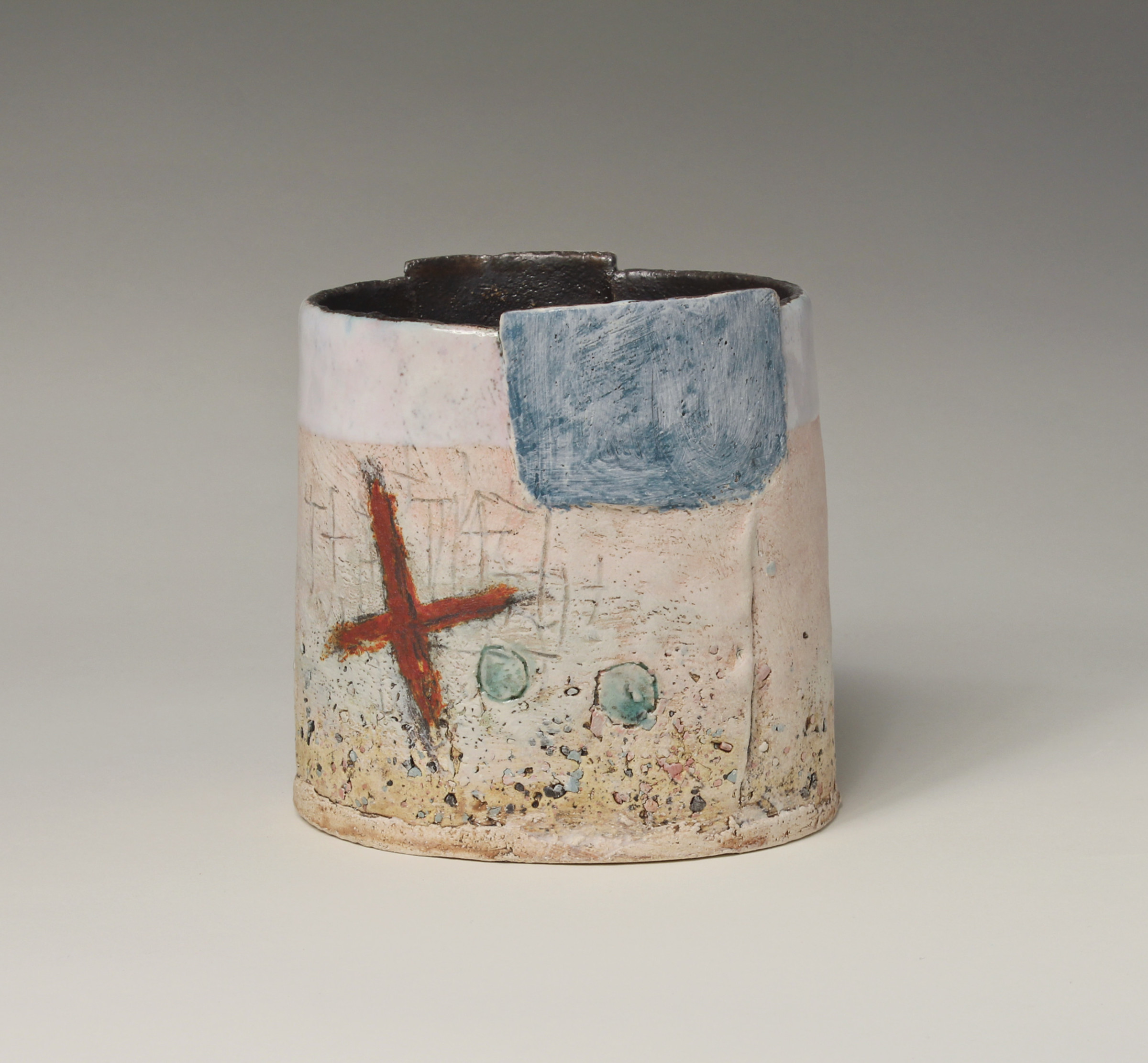 "<span class=""link fancybox-details-link""><a href=""/artists/72-craig-underhill/works/5622-craig-underhill-small-vessel-red-cross-2018/"">View Detail Page</a></span><div class=""artist""><strong>Craig Underhill</strong></div> <div class=""title""><em>Small Vessel - Red Cross </em>, 2018</div> <div class=""medium"">slab-built, engobe layers, slips & glazes</div> <div class=""dimensions"">14 x 14 cm<br /> 5 1/2 x 5 1/2 inches</div><div class=""copyright_line"">£ 17 x 10 Months, OwnArt 0% APR</div>"