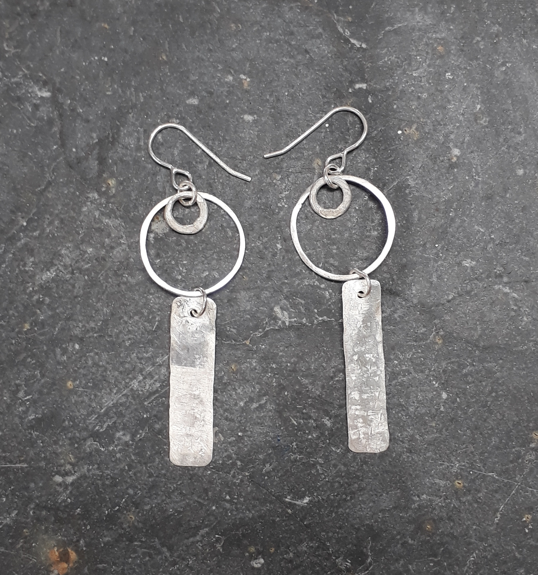 "<span class=""link fancybox-details-link""><a href=""/artists/183-lucy-coyne/works/4534-lucy-coyne-earrings/"">View Detail Page</a></span><div class=""artist""><strong>Lucy Coyne</strong></div> <div class=""title""><em>Earrings</em></div> <div class=""medium"">circle and pressed piece</div><div class=""price"">£120.00</div>"