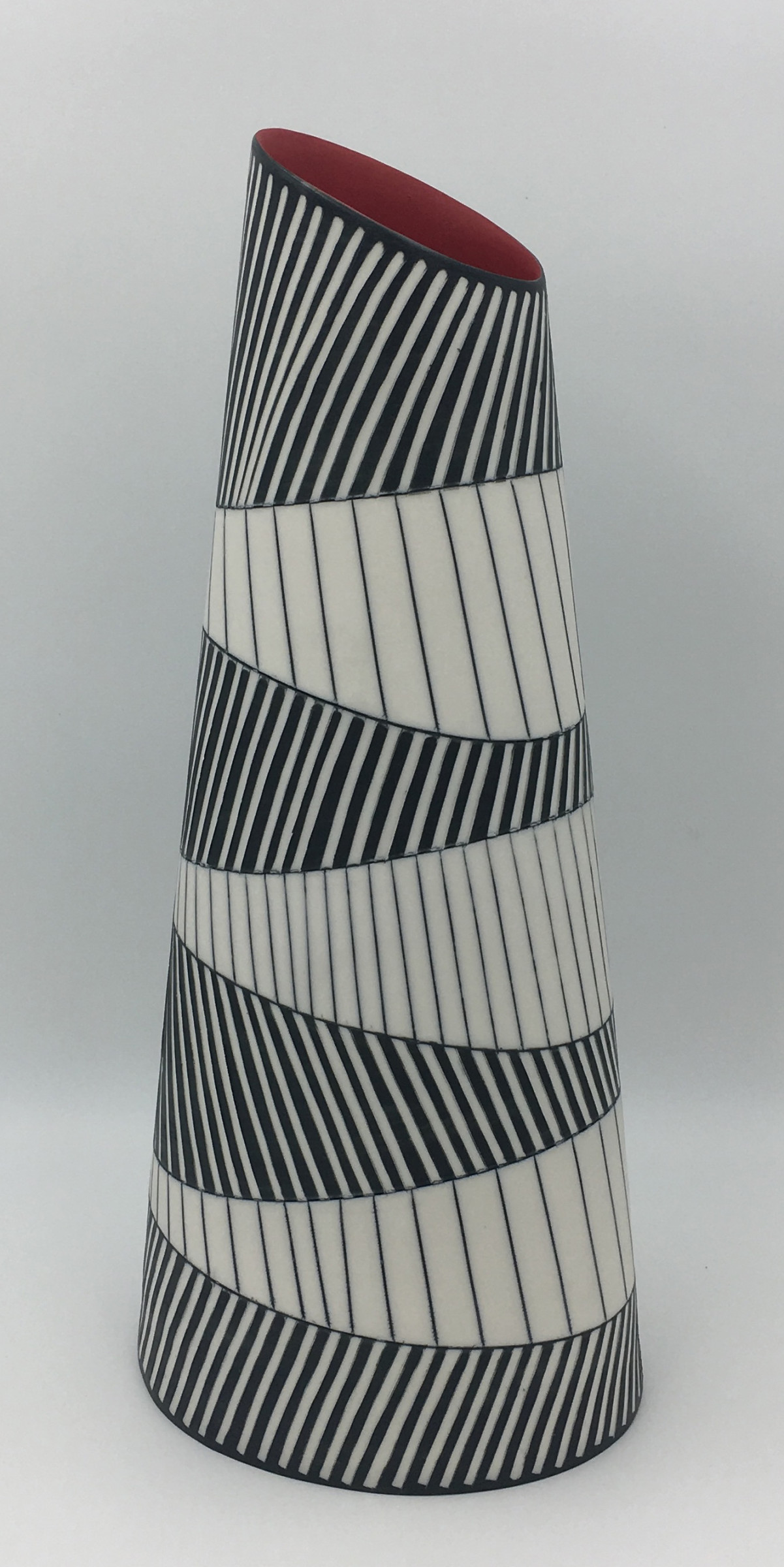 "<span class=""link fancybox-details-link""><a href=""/artists/195-lara-scobie/works/6512-lara-scobie-tall-oval-vase-with-chevron-pattern-2019/"">View Detail Page</a></span>Lara Scobie   Tall Oval Vase with Chevron Pattern , 2019   Porcelain  <div class=""copyright_line"">Own Art: £82 x 10 Months, 0% APR</div>"