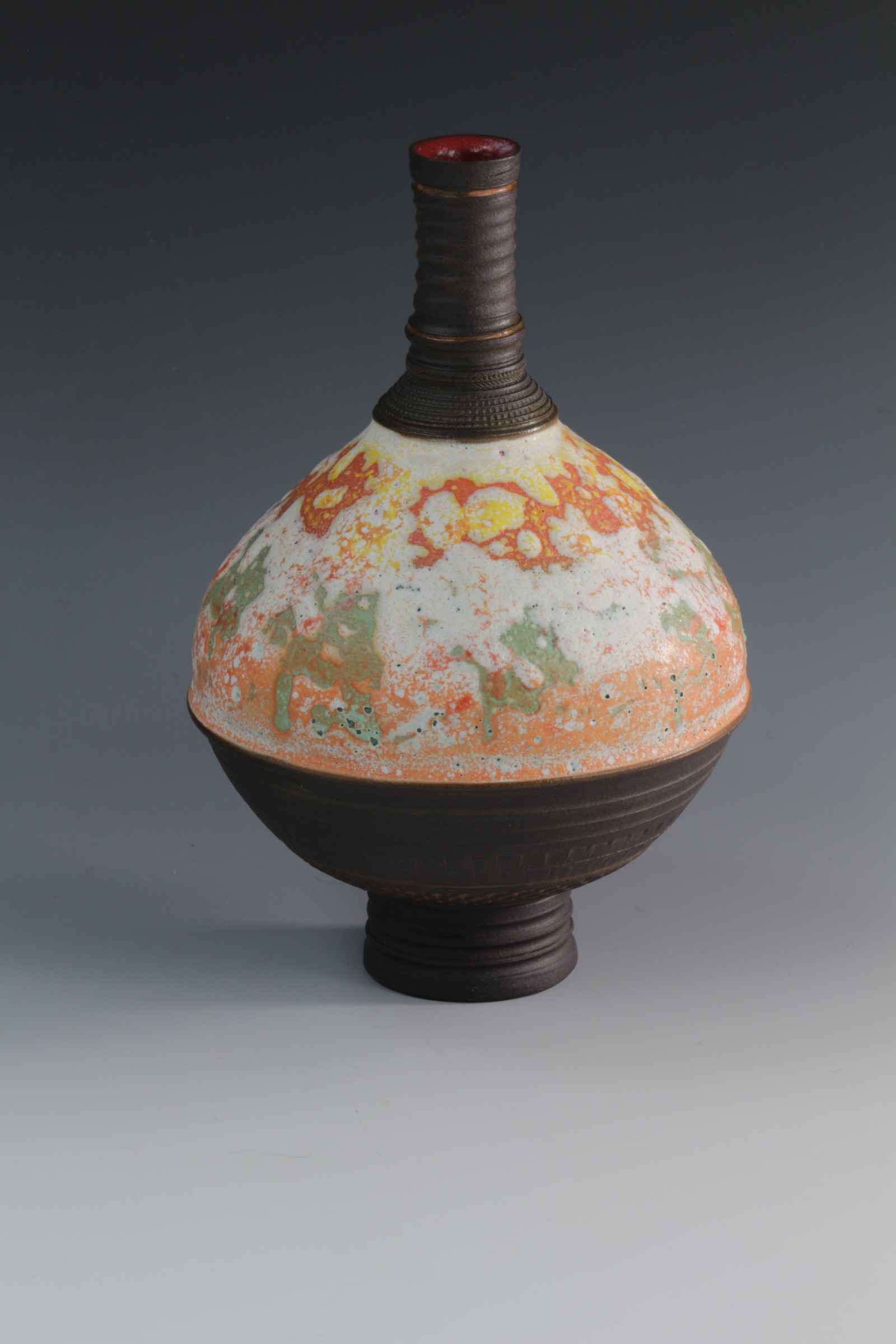 "<span class=""link fancybox-details-link""><a href=""/artists/61-geoffrey-swindell/works/6904-geoffrey-swindell-bud-vase-2020/"">View Detail Page</a></span><div class=""artist""><strong>Geoffrey Swindell</strong></div> <div class=""title""><em>Bud Vase</em>, 2020</div> <div class=""medium"">Porcelain</div><div class=""price"">£170.00</div><div class=""copyright_line"">Copyright The Artist</div>"