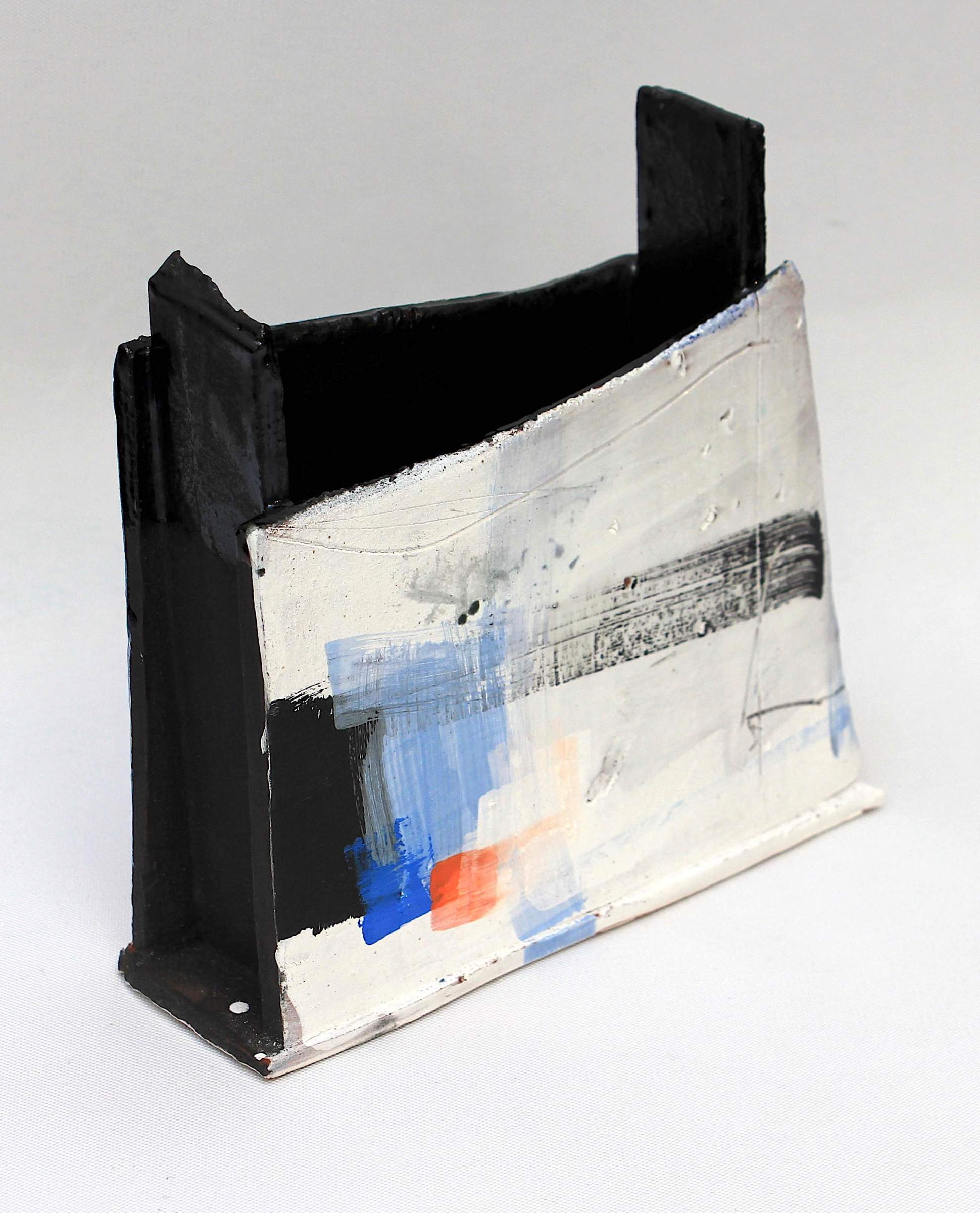 "<span class=""link fancybox-details-link""><a href=""/artists/34-barry-stedman/works/4142-barry-stedman-slab-vessel-harbour-ii-series-2017/"">View Detail Page</a></span><div class=""artist""><strong>Barry Stedman</strong></div> <div class=""title""><em>Slab Vessel 'Harbour II' Series</em>, 2017</div> <div class=""signed_and_dated"">signed by artist</div> <div class=""medium"">earthenware</div> <div class=""dimensions"">21.5 x 16 x 5 cm<br /> 8 1/2 x 6 1/4 x 2 inches</div><div class=""copyright_line"">OwnArt: £ 18 x 10 Months, 0% APR</div>"