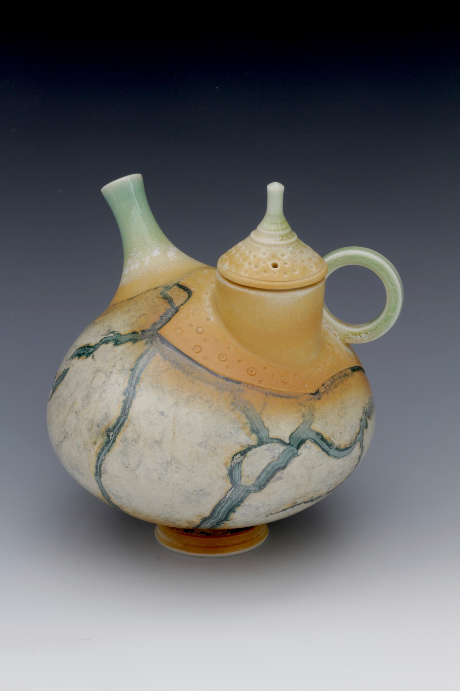 "<span class=""link fancybox-details-link""><a href=""/artists/61-geoffrey-swindell/works/6322-geoffrey-swindell-teapot-2019/"">View Detail Page</a></span><div class=""artist""><strong>Geoffrey Swindell</strong></div> <div class=""title""><em>Teapot</em>, 2019</div> <div class=""signed_and_dated"">Stamped on the bottom</div> <div class=""medium"">Porcelain</div><div class=""copyright_line"">Own Art £40 x 10 months 0% APR</div>"