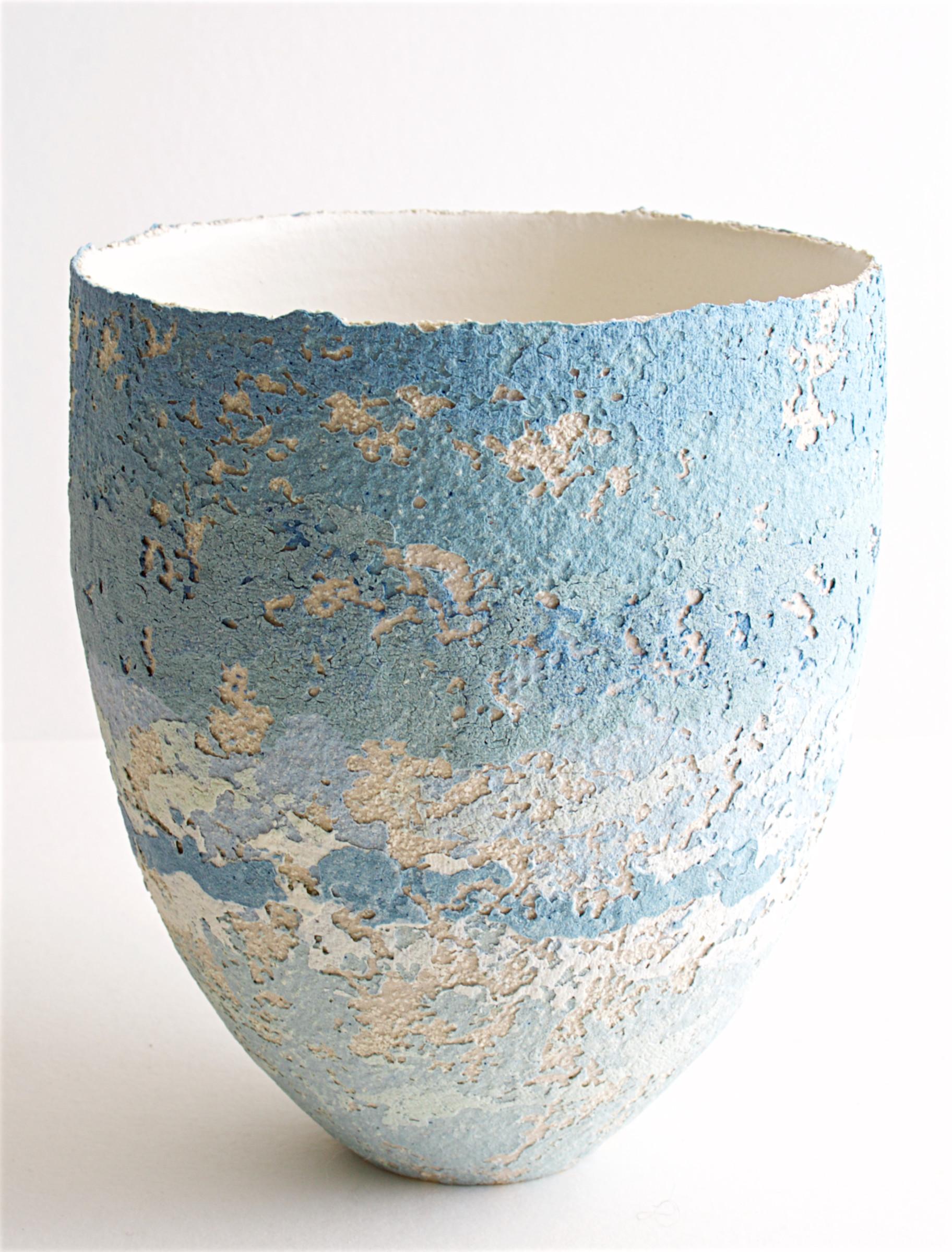 "<span class=""link fancybox-details-link""><a href=""/artists/79-clare-conrad/works/6928-clare-conrad-vessel-2020/"">View Detail Page</a></span><div class=""artist""><strong>Clare Conrad</strong></div> <div class=""title""><em>Vessel</em>, 2020</div> <div class=""medium"">Stoneware</div> <div class=""dimensions"">h. 12.5 cm</div><div class=""copyright_line"">Copyright The Artist</div>"