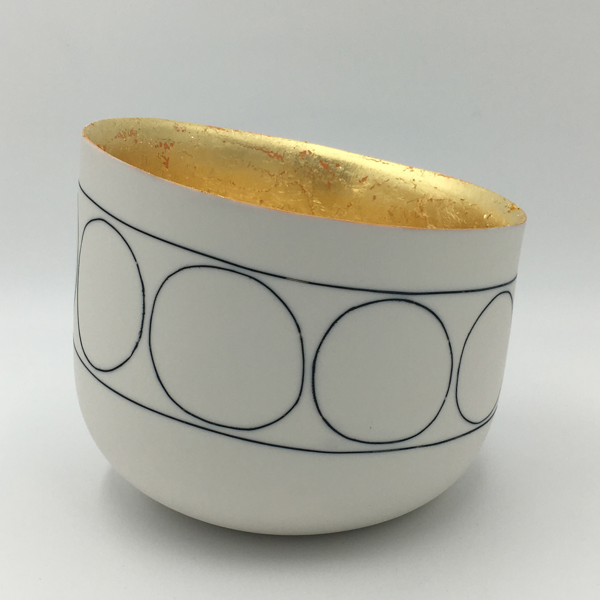 "<span class=""link fancybox-details-link""><a href=""/artists/195-lara-scobie/works/6517-lara-scobie-tilted-circle-bowl-with-23ct-gold-interior-2019/"">View Detail Page</a></span><div class=""artist""><strong>Lara Scobie</strong></div> <div class=""title""><em>Tilted Circle Bowl with 23ct Gold Interior</em>, 2019</div> <div class=""medium"">Porcelain</div><div class=""price"">£540.00</div><div class=""copyright_line"">Own Art: £54 x 10 Months, 0% APR</div>"