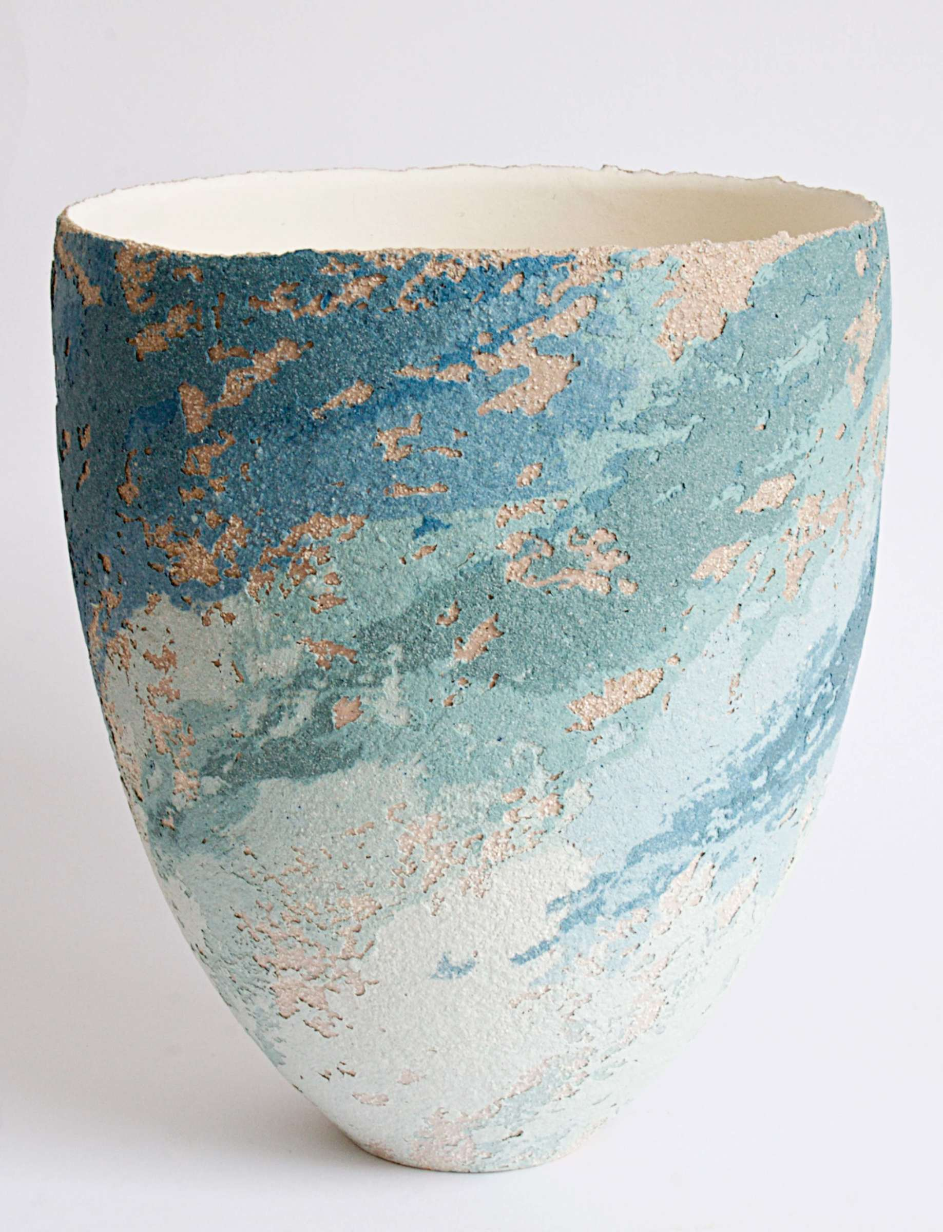 "<span class=""link fancybox-details-link""><a href=""/artists/79-clare-conrad/works/5396-clare-conrad-vessel-2018/"">View Detail Page</a></span><div class=""artist""><strong>Clare Conrad</strong></div> <div class=""title""><em>Vessel</em>, 2018</div> <div class=""medium"">wheel-thrown stoneware with vitreous slip & satin-matt glaze</div> <div class=""dimensions"">h. 21.5cm</div><div class=""copyright_line"">OwnArt: £ 30 x 10 Months, 0% APR</div>"