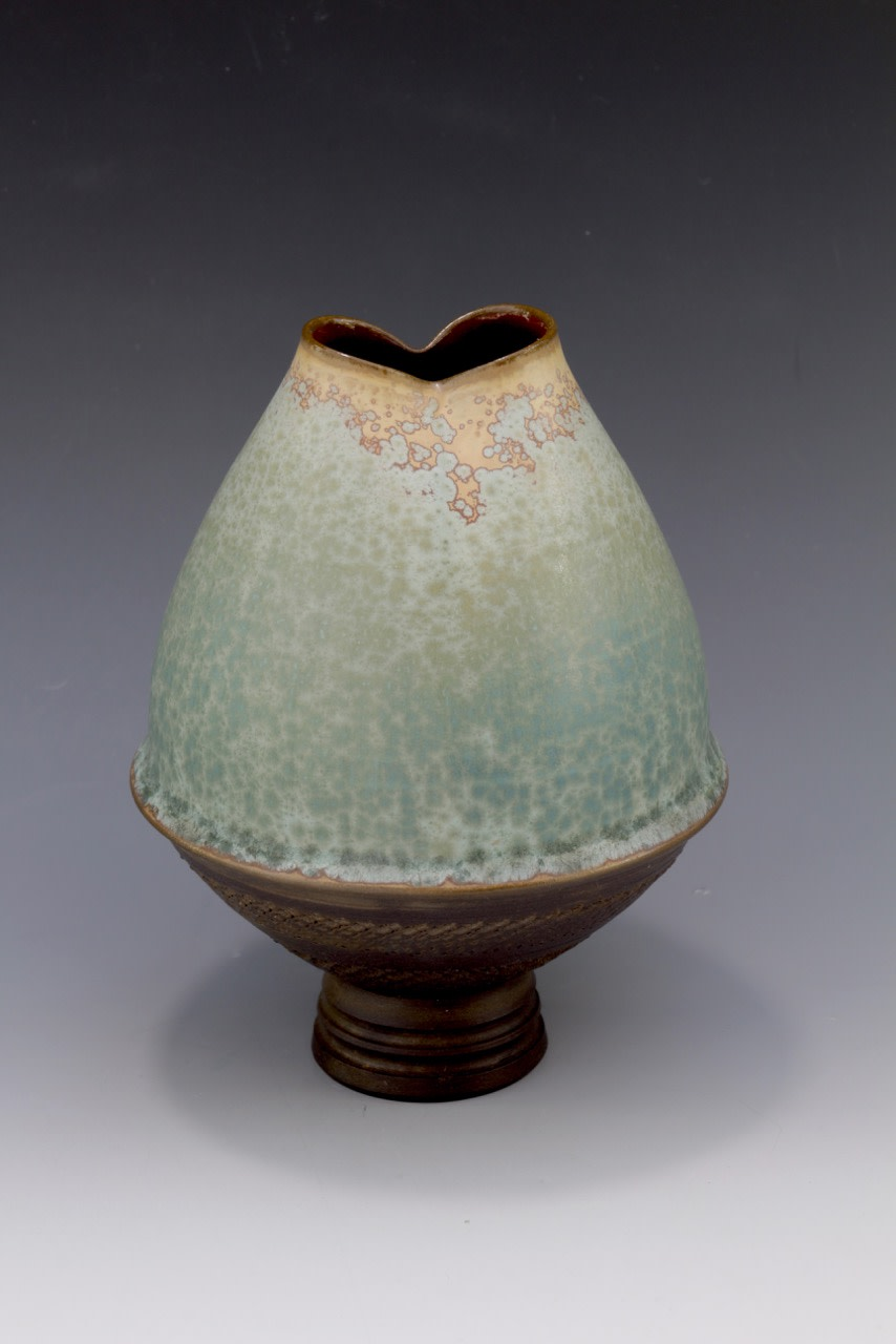 "<span class=""link fancybox-details-link""><a href=""/artists/61-geoffrey-swindell/works/6160-geoffrey-swindell-vessel-2019/"">View Detail Page</a></span><div class=""artist""><strong>Geoffrey Swindell</strong></div> <div class=""title""><em>Vessel</em>, 2019</div> <div class=""signed_and_dated"">stamped on the base</div> <div class=""medium"">porcelain</div><div class=""copyright_line"">Copyright The Artist</div>"