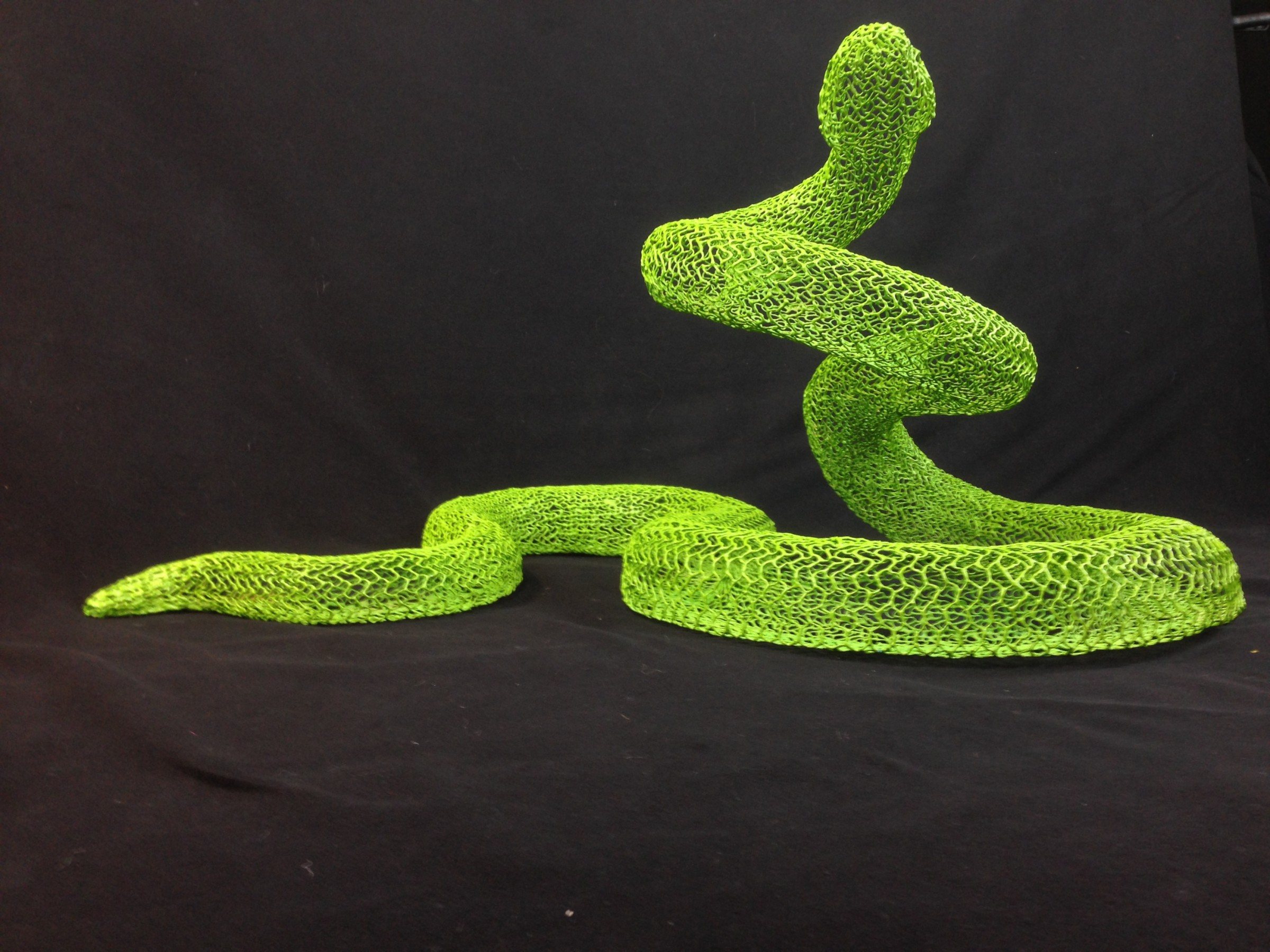 <span class=&#34;link fancybox-details-link&#34;><a href=&#34;/exhibitions/11/installation_shots/artworks4843/&#34;>View Detail Page</a></span><div class=&#34;artist&#34;><strong>Eka Acosta</strong></div><div class=&#34;title&#34;><em>Green Snake</em>, 2018</div><div class=&#34;medium&#34;>Mesh wire</div><div class=&#34;dimensions&#34;>44 x 98 x 60 cm</div>€ 4,339.62